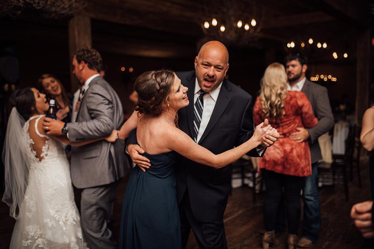 memphis-wedding-photographer-heartwood-hall-wedding-venue-cassie-cook-photography-392.jpg