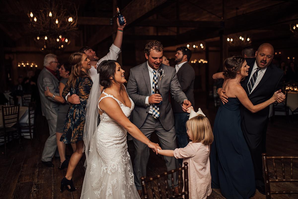 memphis-wedding-photographer-heartwood-hall-wedding-venue-cassie-cook-photography-396.jpg