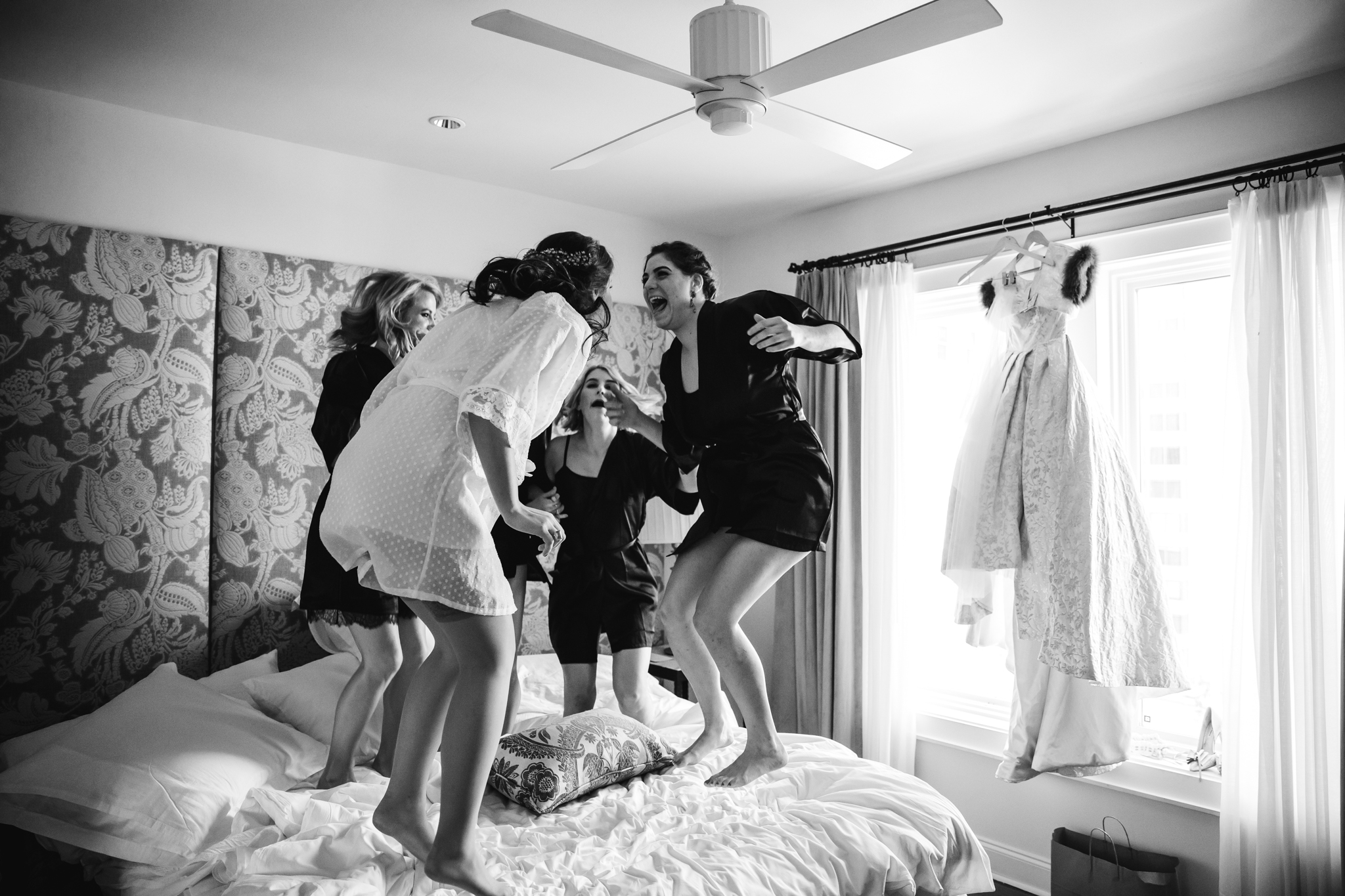 downtown-new-orleans-wedding-international-hotel (5 of 21).jpg
