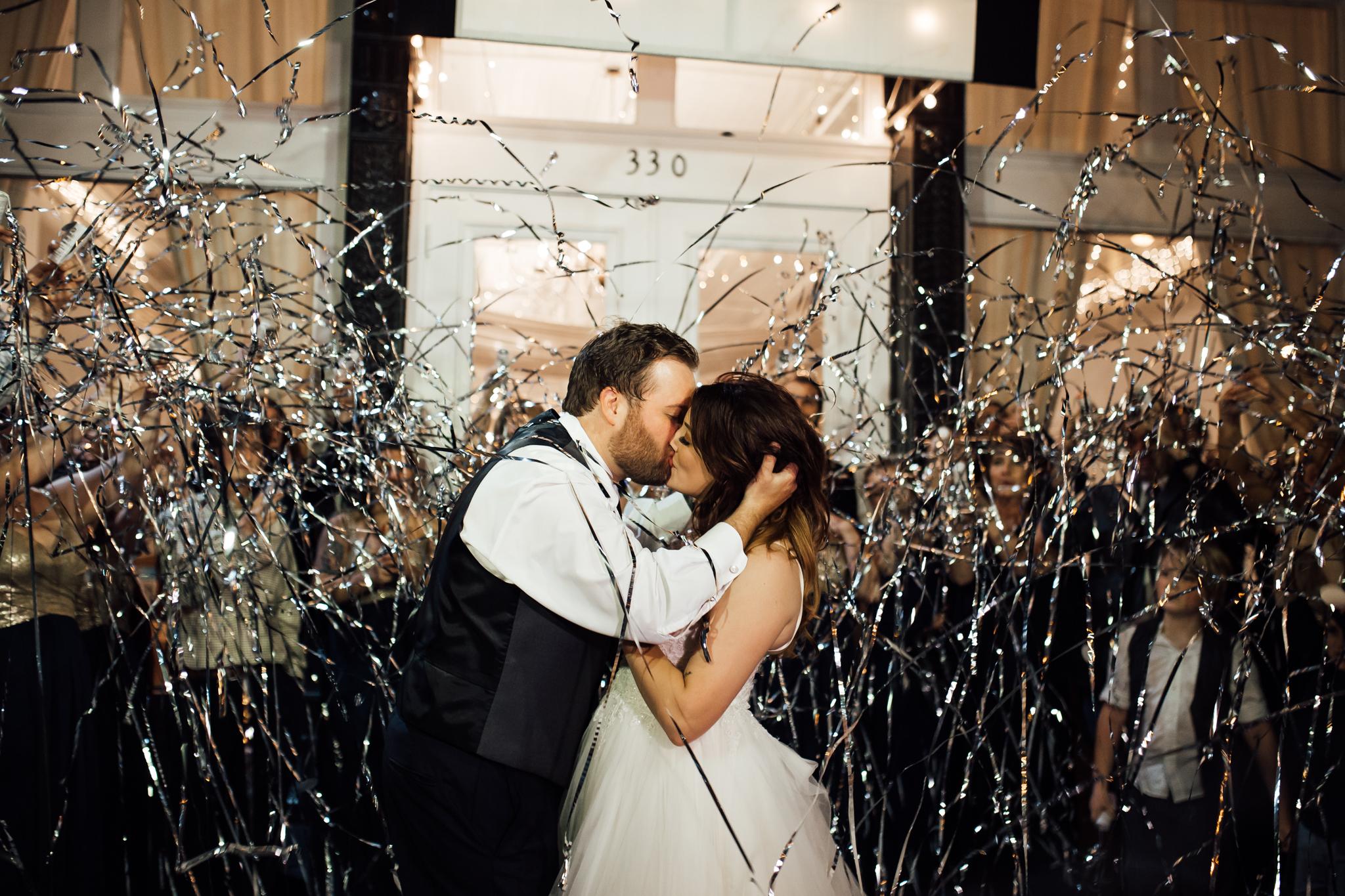 memphis-wedding-photographers-thewarmtharoundyou-ballinsese-ballroom-wedding-venue-downtown (3 of 9).jpg