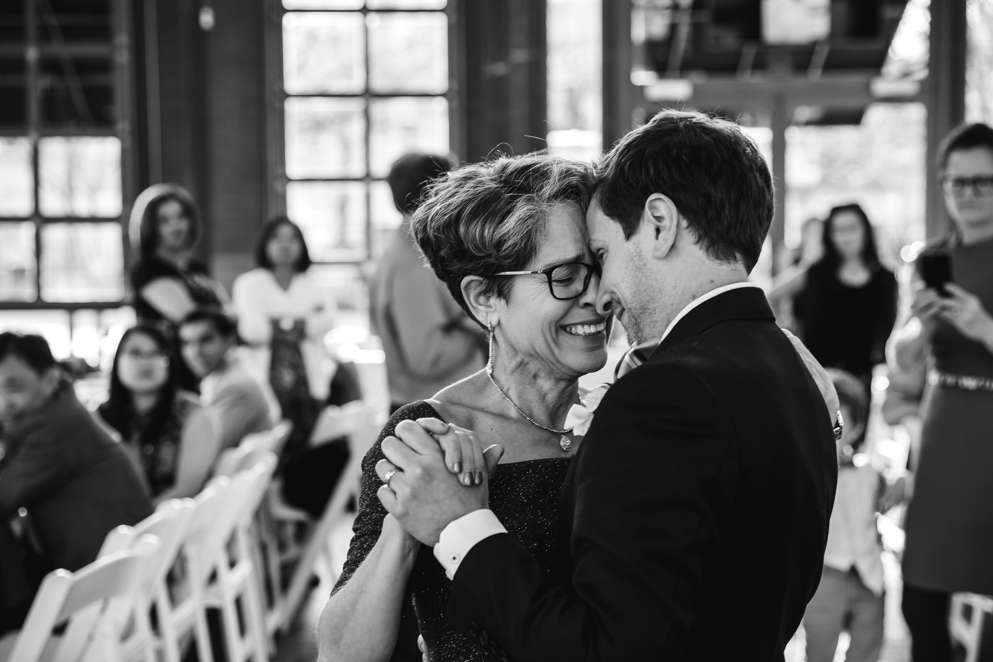 chattanooga-wedding-photographers-thewarmtharoundyou-waterhouse-pavilion-patten-chapel-wedding-sam-dusty (215 of 269).jpg