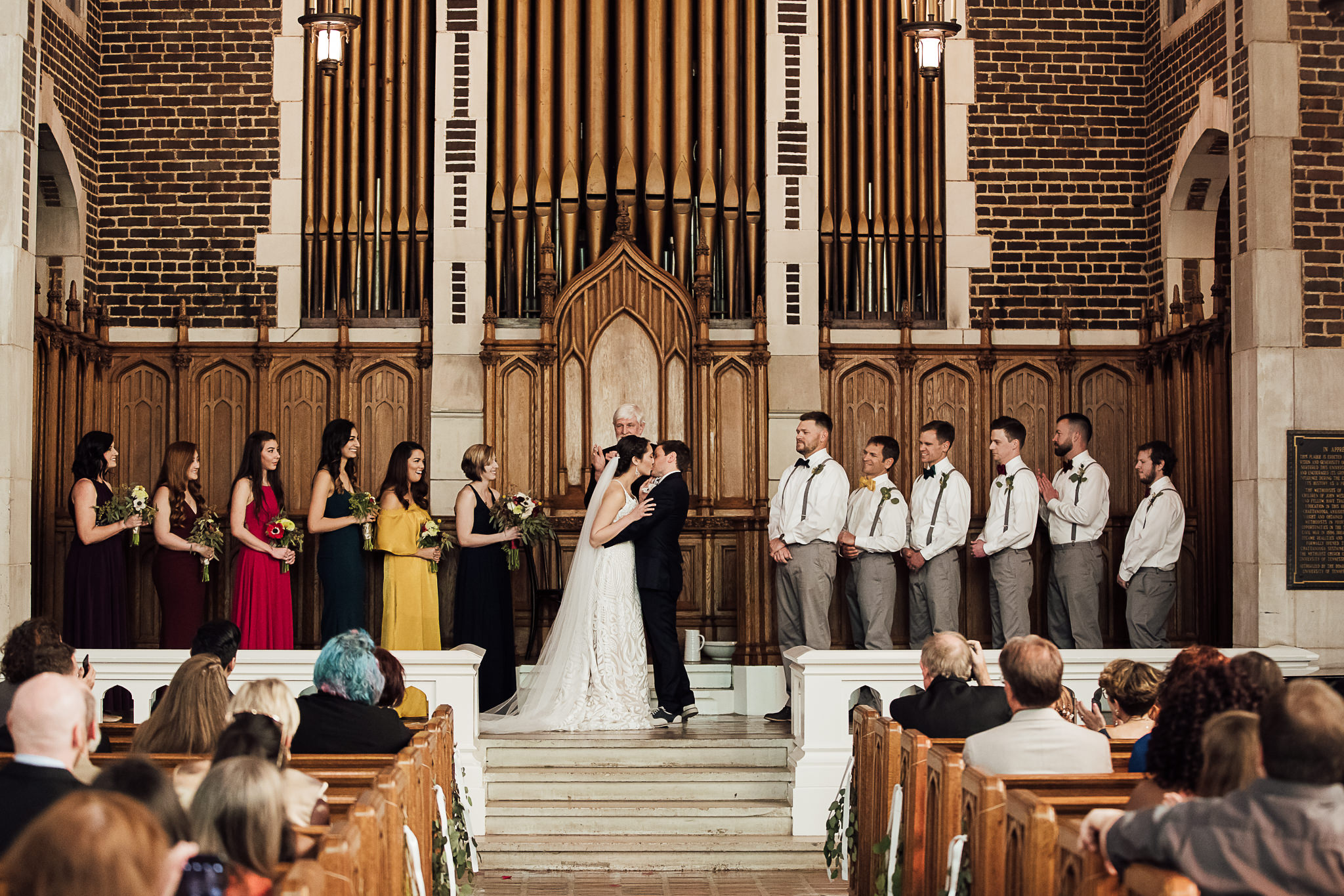 chattanooga-wedding-photographers-thewarmtharoundyou-waterhouse-pavilion-patten-chapel-wedding-sam-dusty (40 of 99).jpg