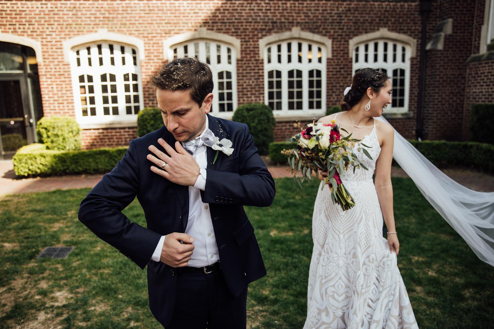 chattanooga-wedding-photographers-thewarmtharoundyou-waterhouse-pavilion-patten-chapel-wedding-sam-dusty (8 of 17).jpg