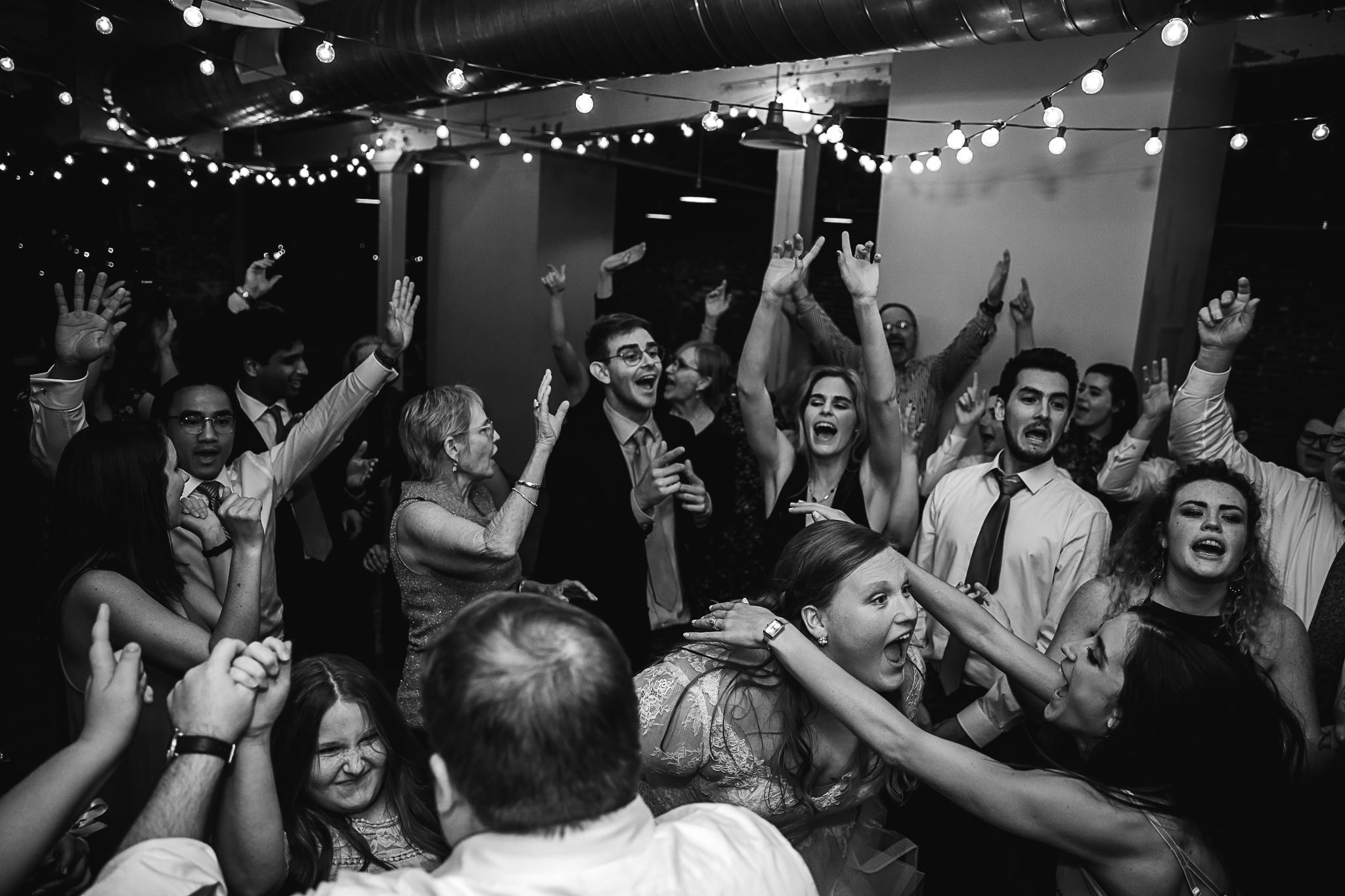 downtownmemphis-409southmain-wedding-brianandgeorgia-11.jpg