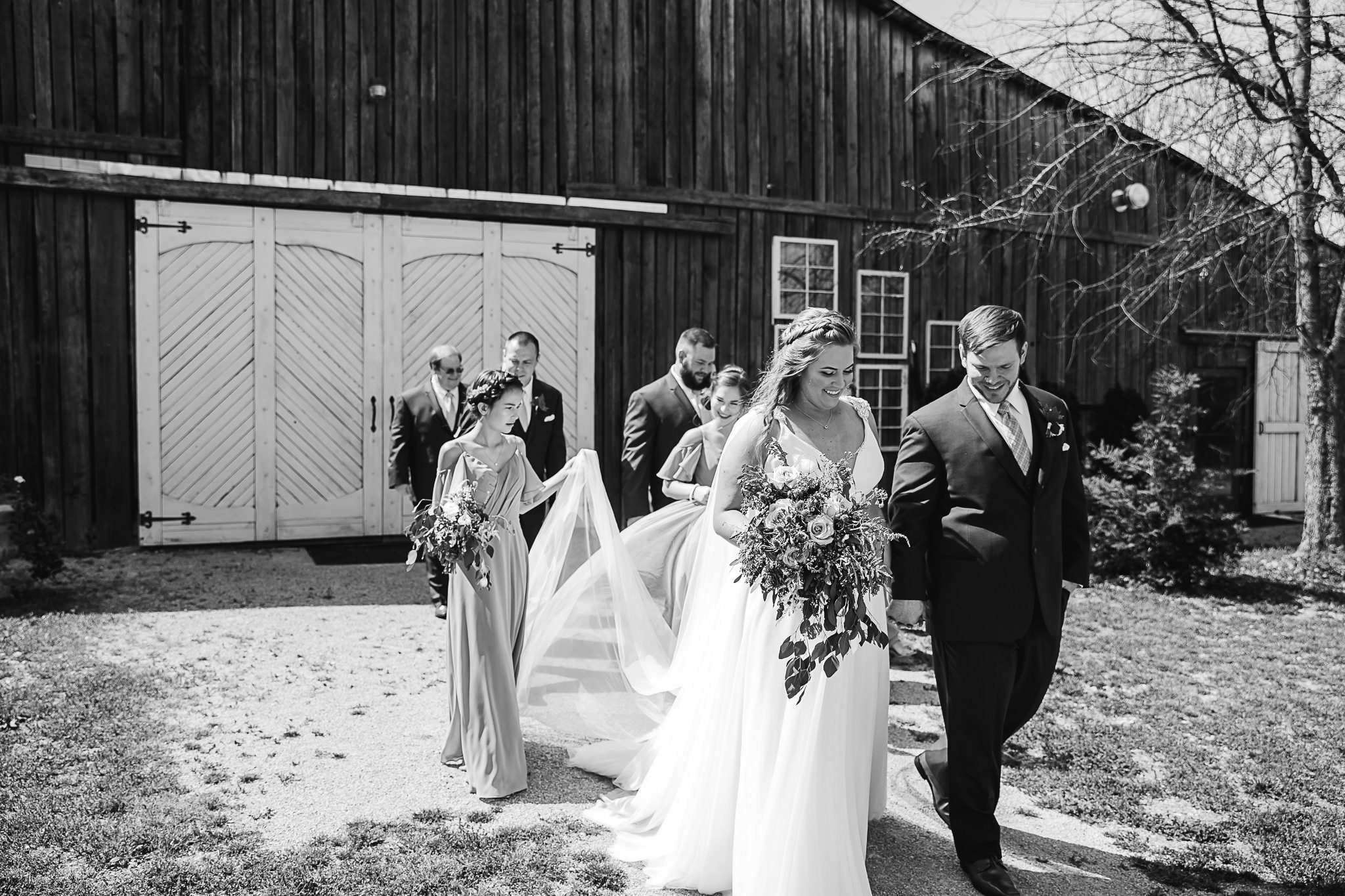 meadow-hills-farm-thewarmtharoundyou-memphis-wedding-photographers (93 of 266).jpg