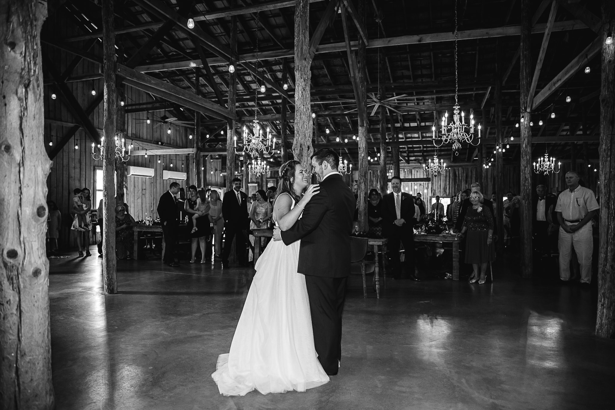 memphis-wedding-photographer-meadow-hill-farms-thewarmtharoundyou (66 of 93).jpg