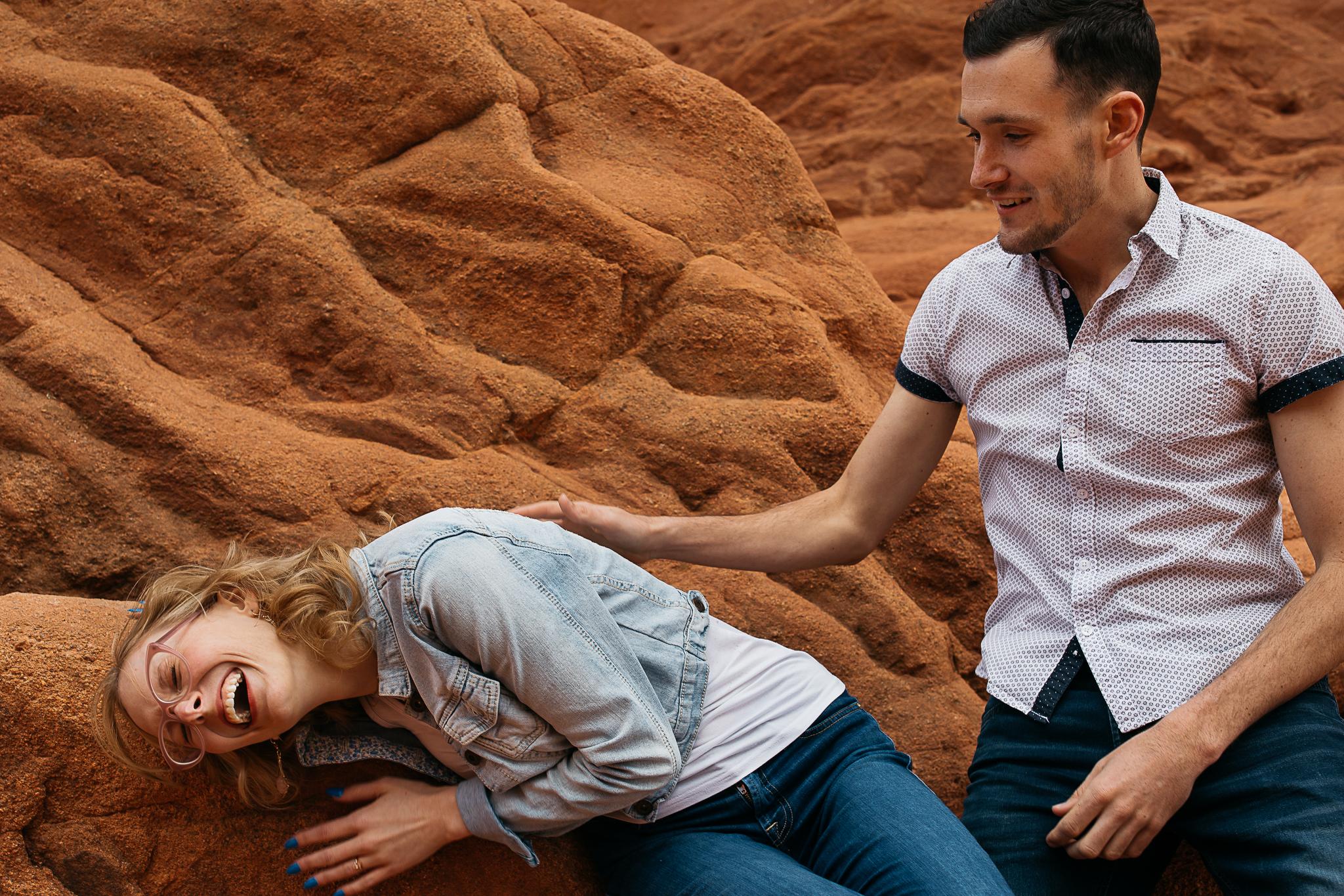 Elizabeth-and-Ryan-GardenoftheGods-Thewarmtharoundyou-26.jpg