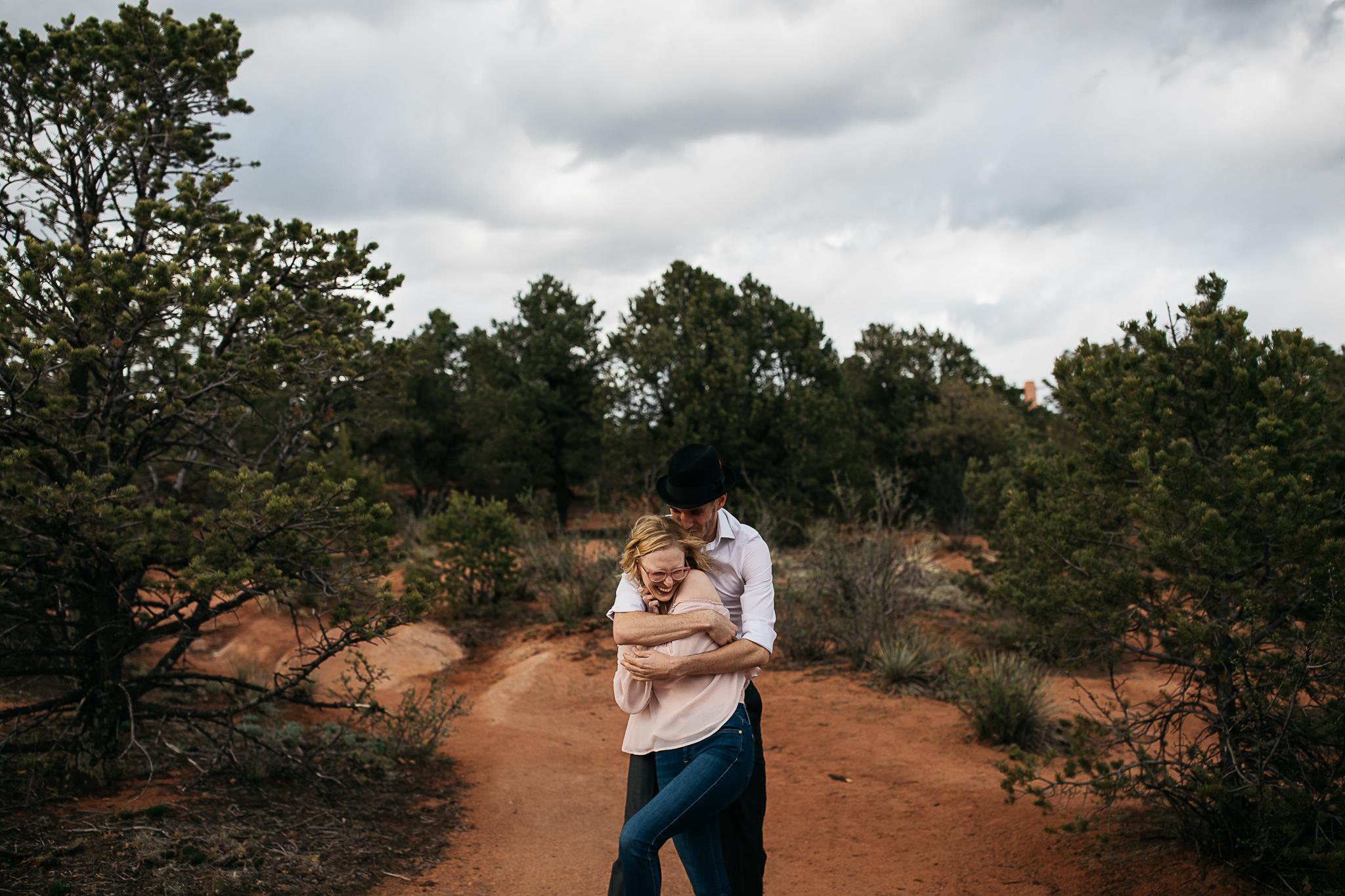 Elizabeth-and-Ryan-GardenoftheGods-Thewarmtharoundyou-77.jpg