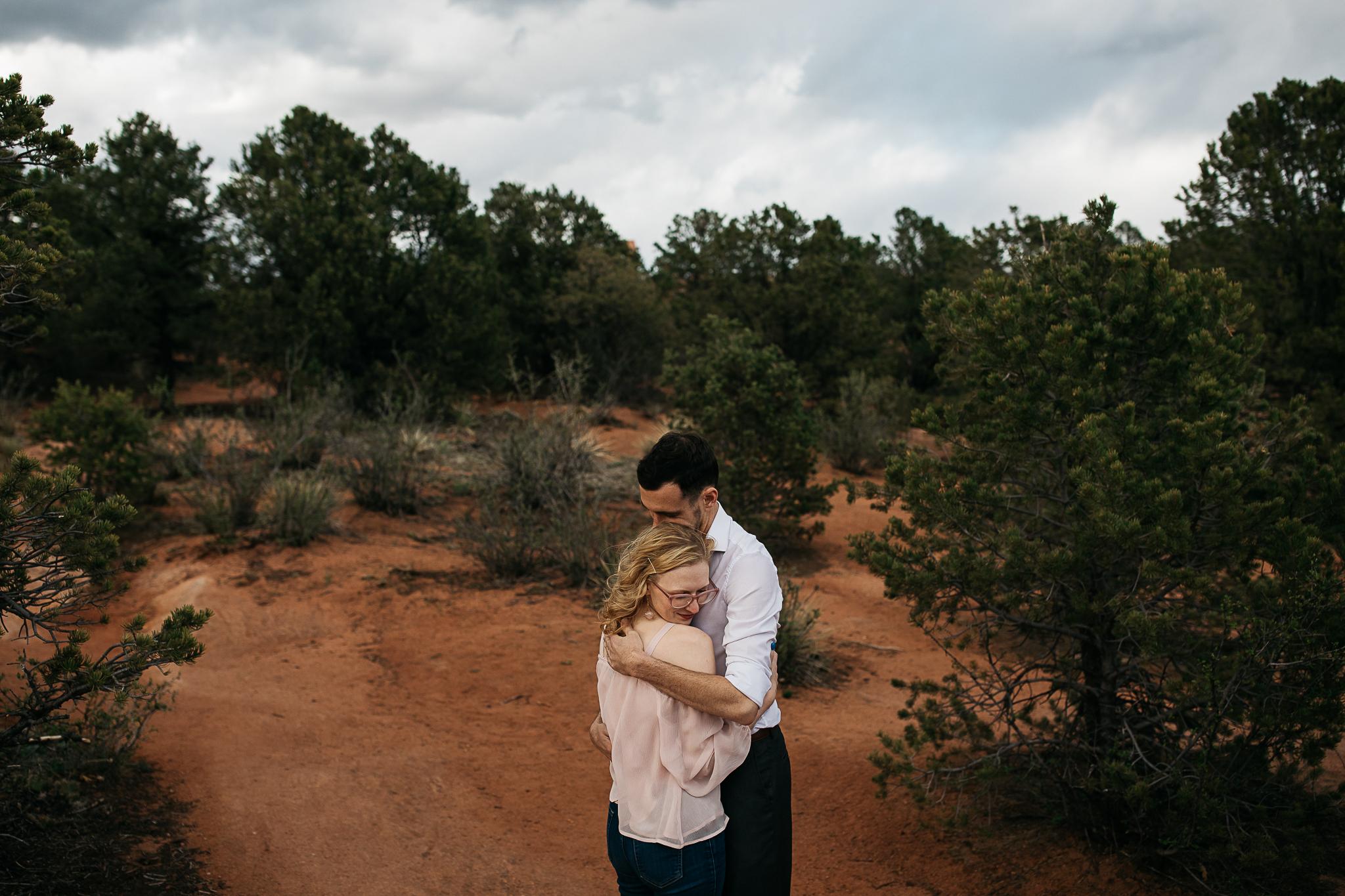Elizabeth-and-Ryan-GardenoftheGods-Thewarmtharoundyou-84.jpg