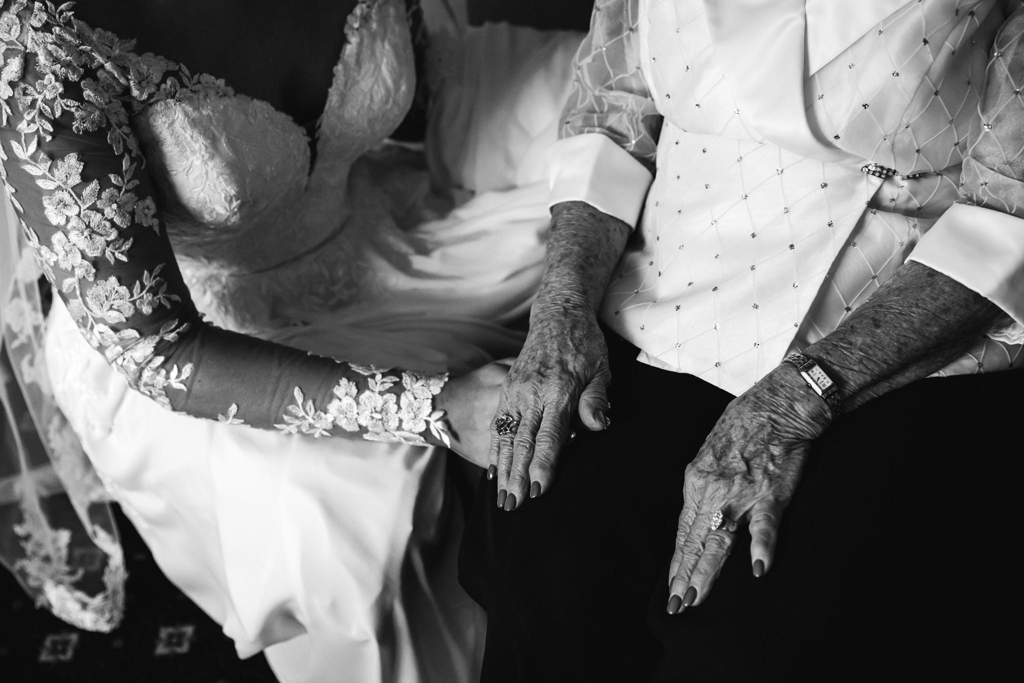 phantom-canyon-brewery-colorado-springs-wedding-photographer-32.jpg