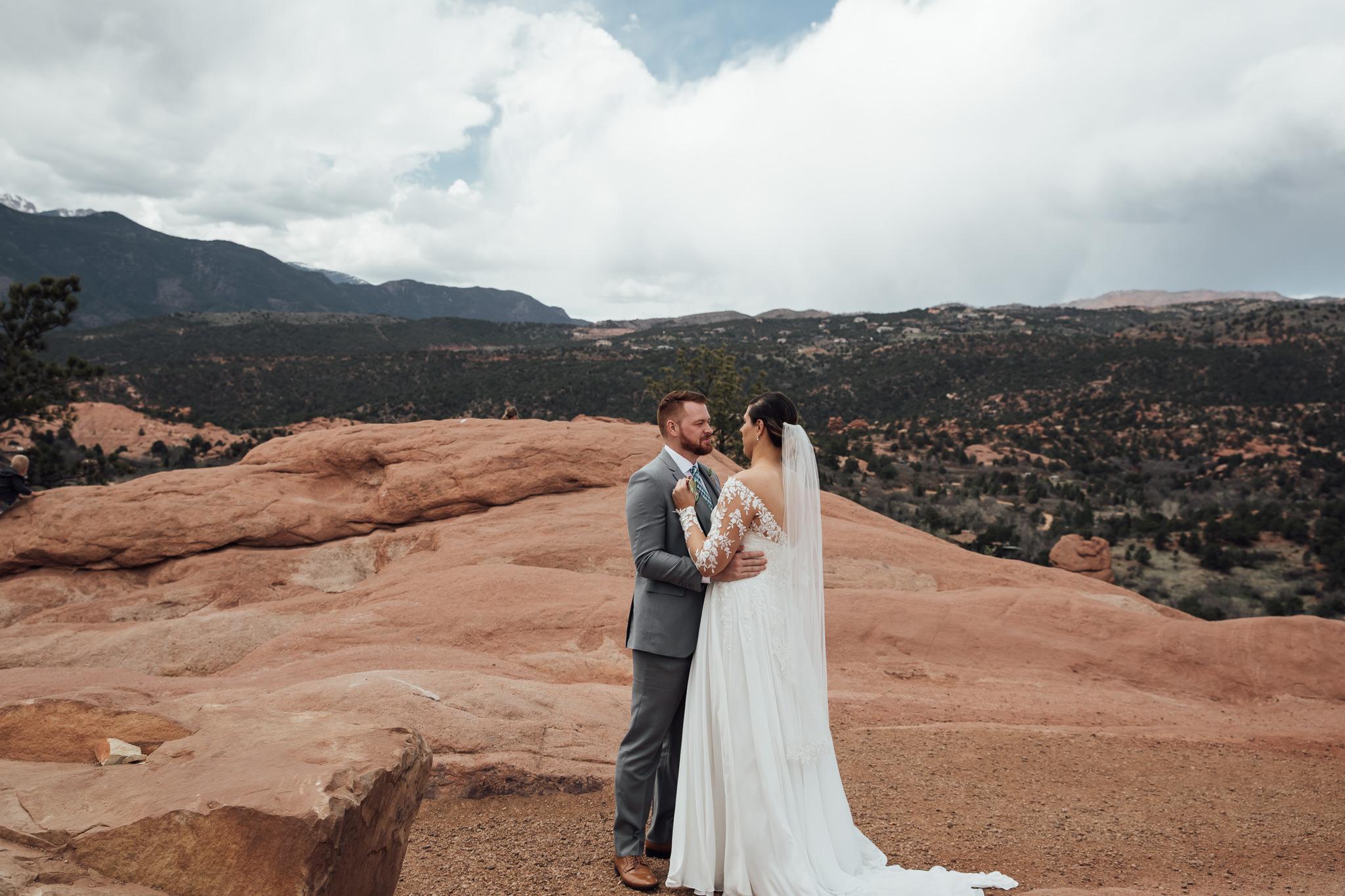phantom-canyon-brewery-colorado-springs-wedding-photographer-35.jpg