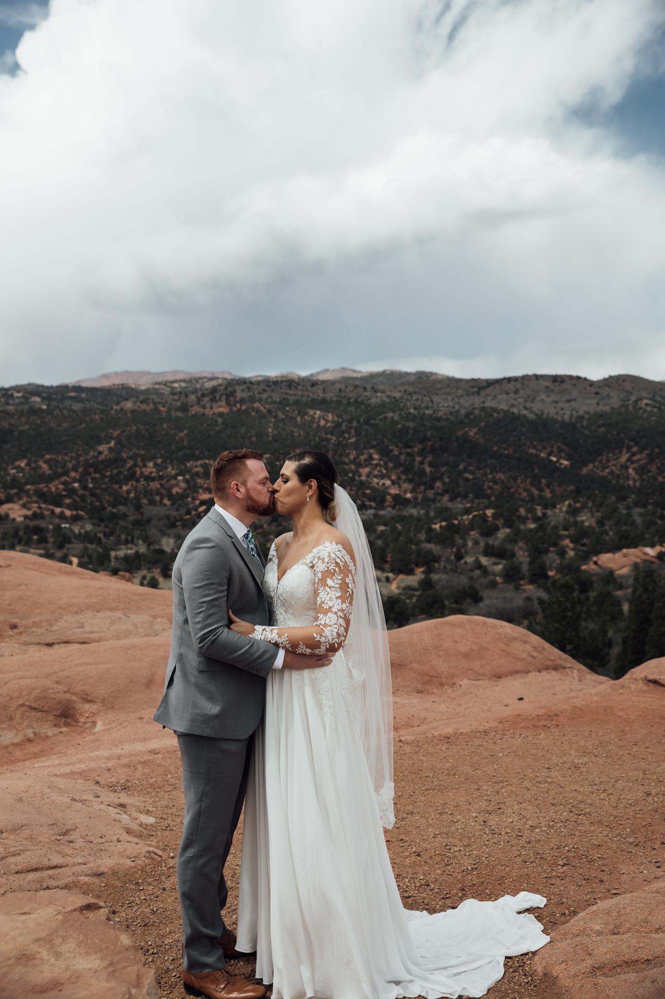 phantom-canyon-brewery-colorado-springs-wedding-photographer-38.jpg