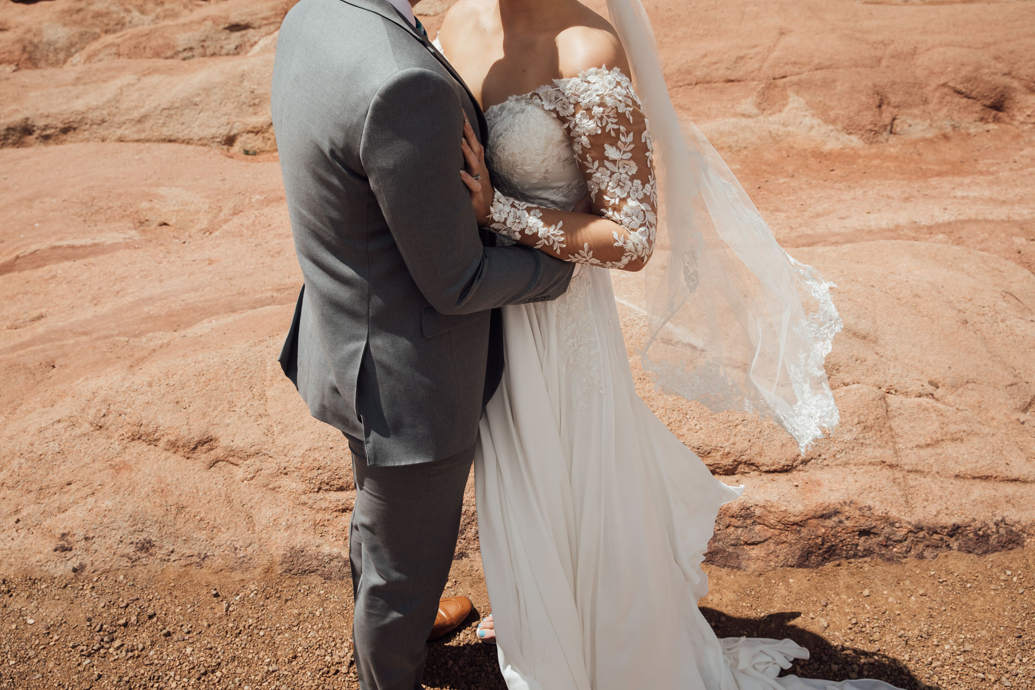 phantom-canyon-brewery-colorado-springs-wedding-photographer-76.jpg