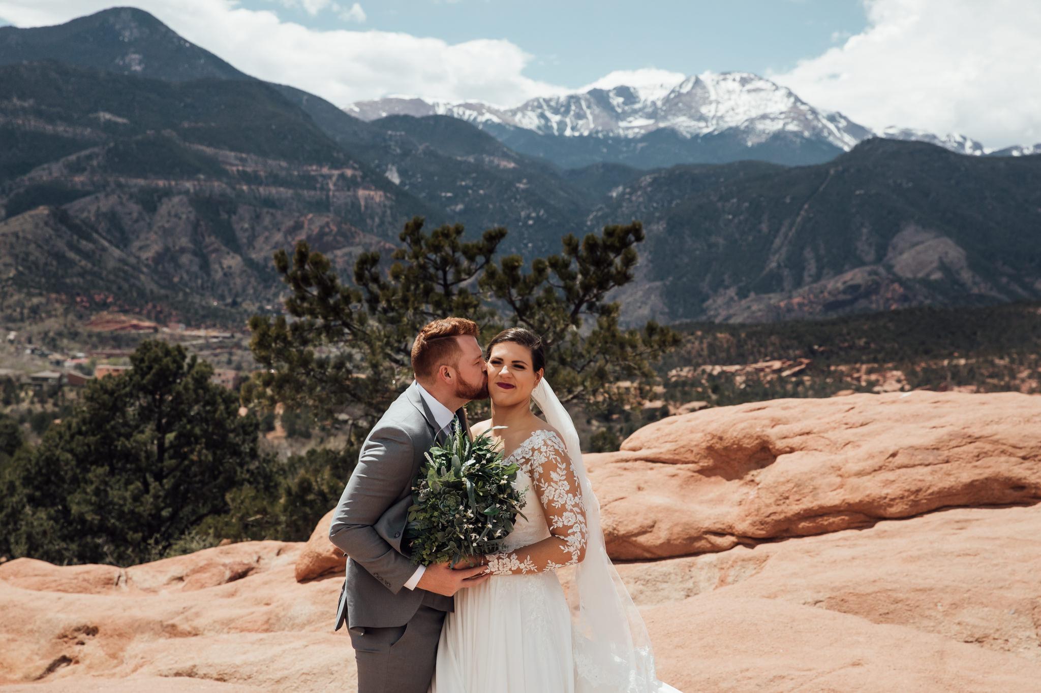 phantom-canyon-brewery-colorado-springs-wedding-photographer-81.jpg