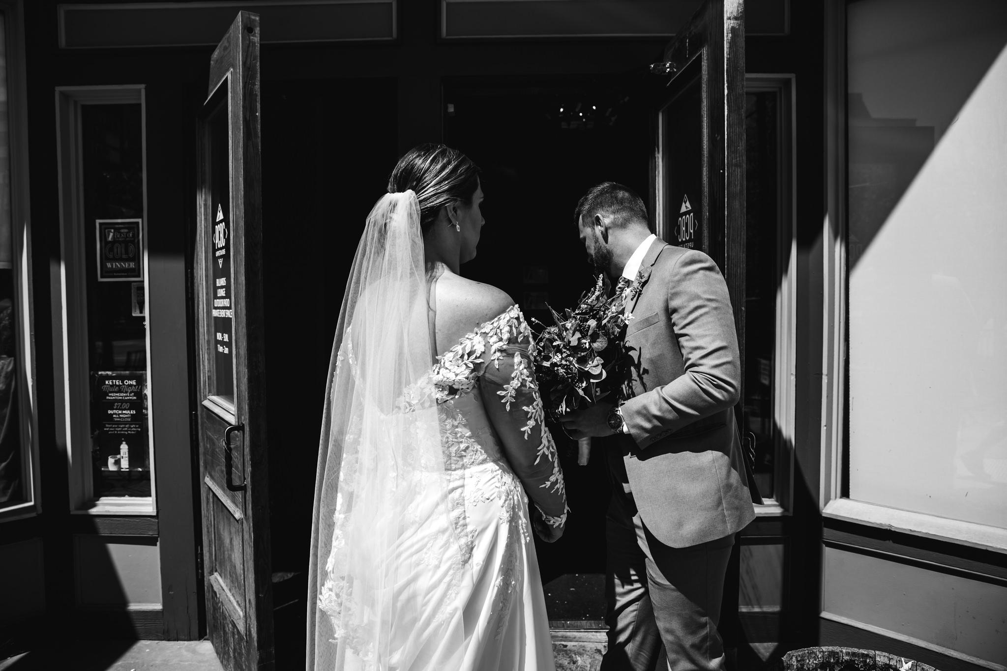 phantom-canyon-brewery-colorado-springs-wedding-photographer-100.jpg