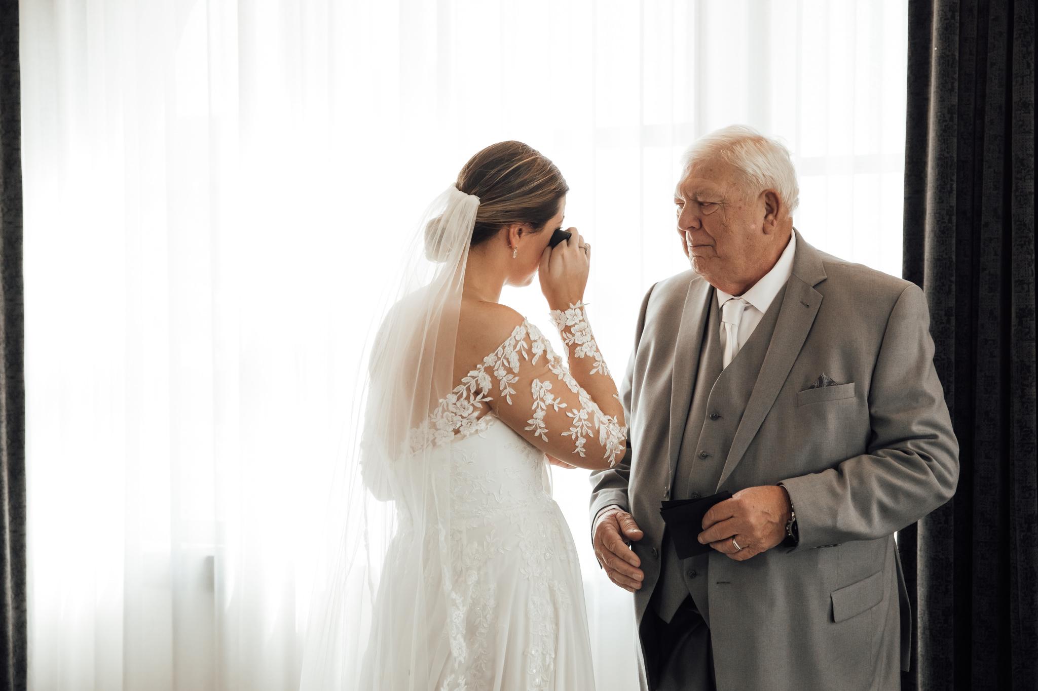 phantom-canyon-brewery-colorado-springs-wedding-photographer-117.jpg