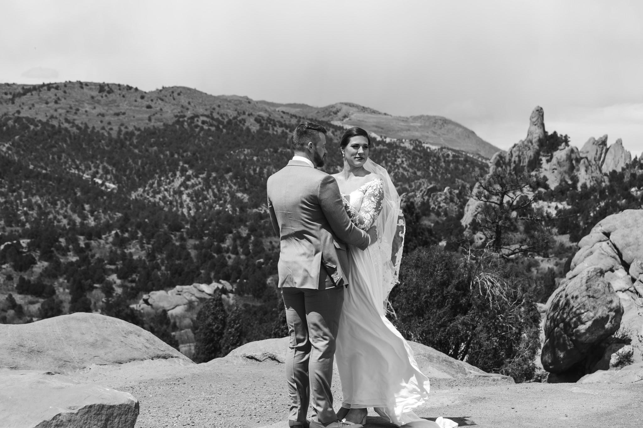 phantom-canyon-brewery-colorado-springs-wedding-photographer-211.jpg