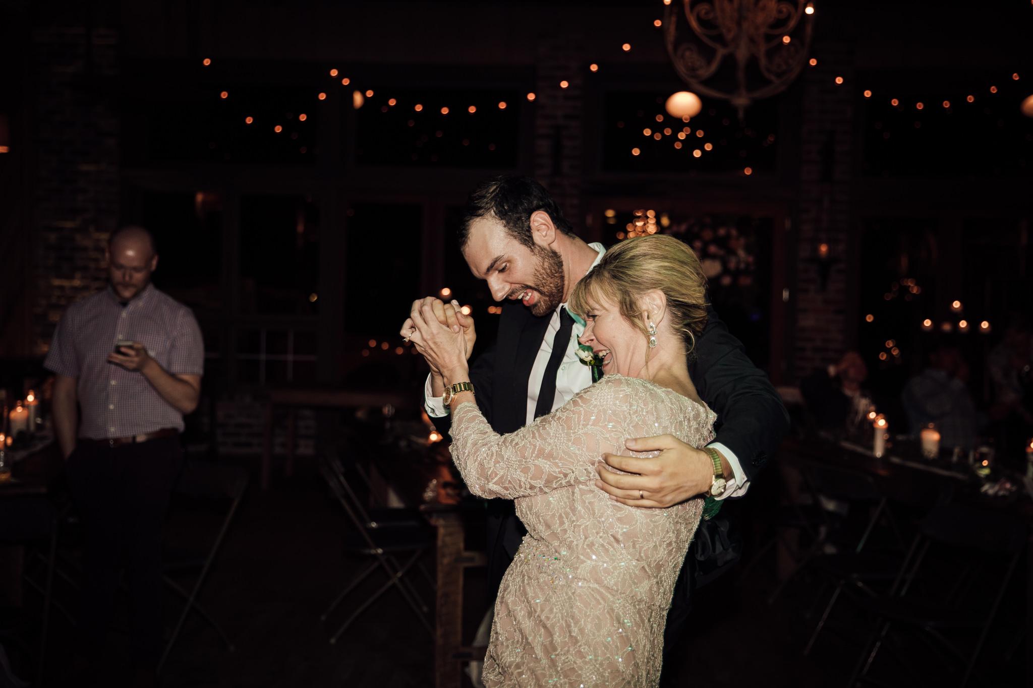 phantom-canyon-brewery-colorado-springs-wedding-photographer-472.jpg