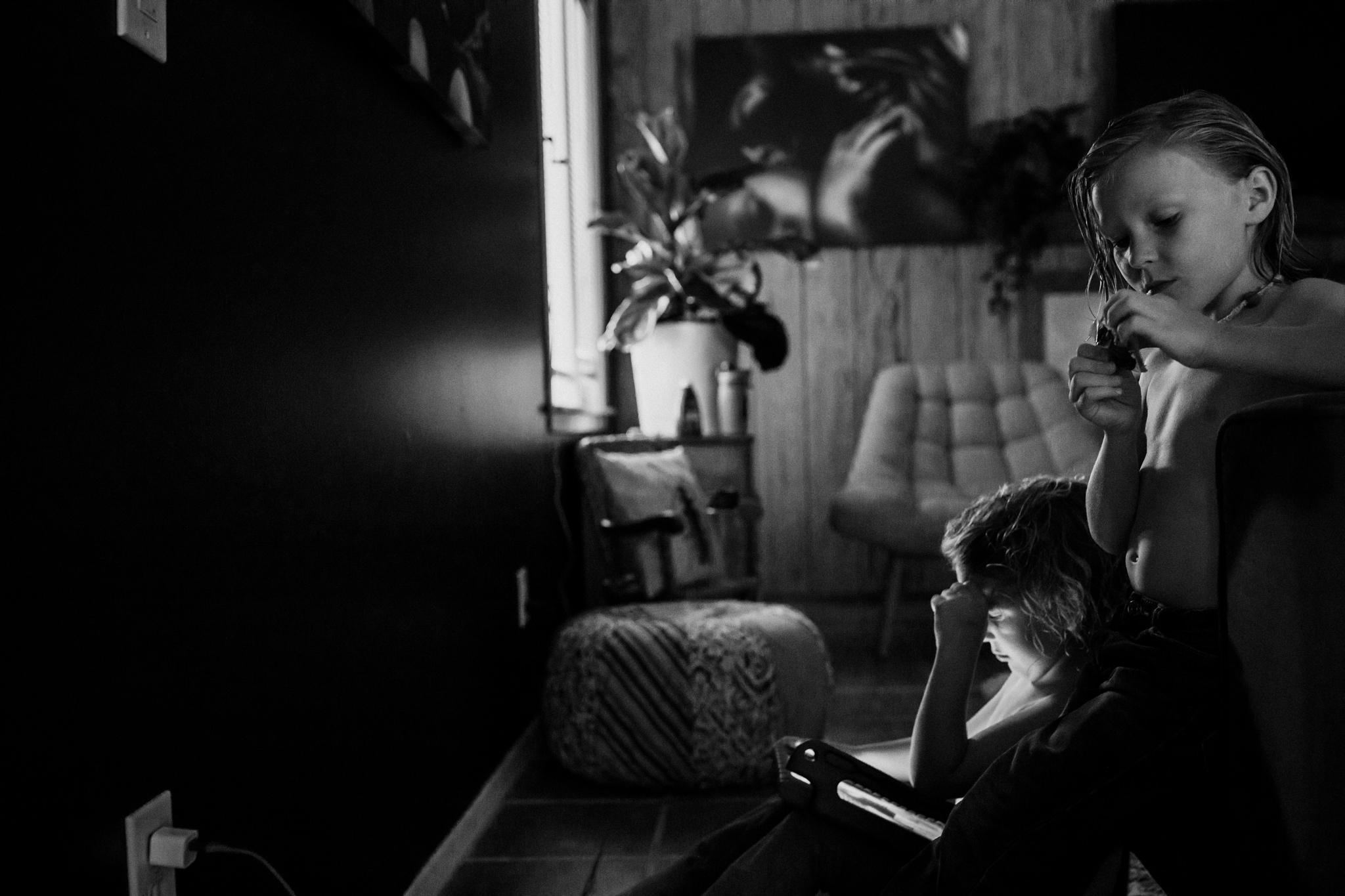 birth-photography-documentary-family-photographer-27.jpg