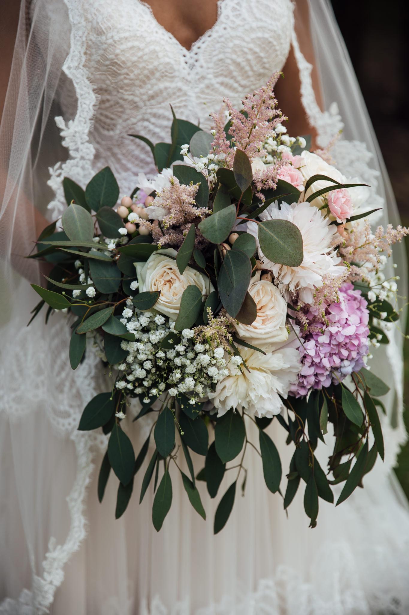 backyard-wedding-thewarmtharoundyou-lexy-branson-44.jpg