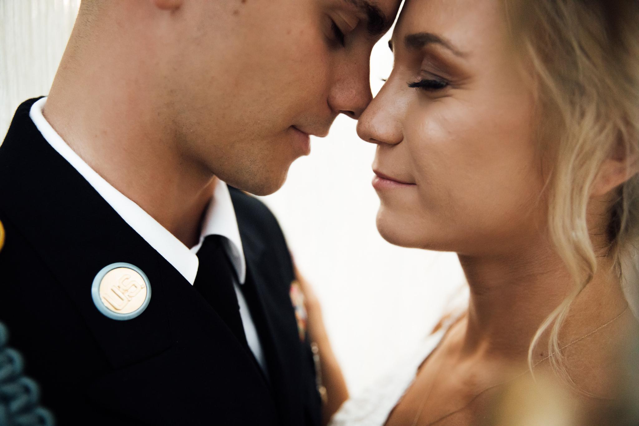 backyard-wedding-thewarmtharoundyou-lexy-branson-71.jpg