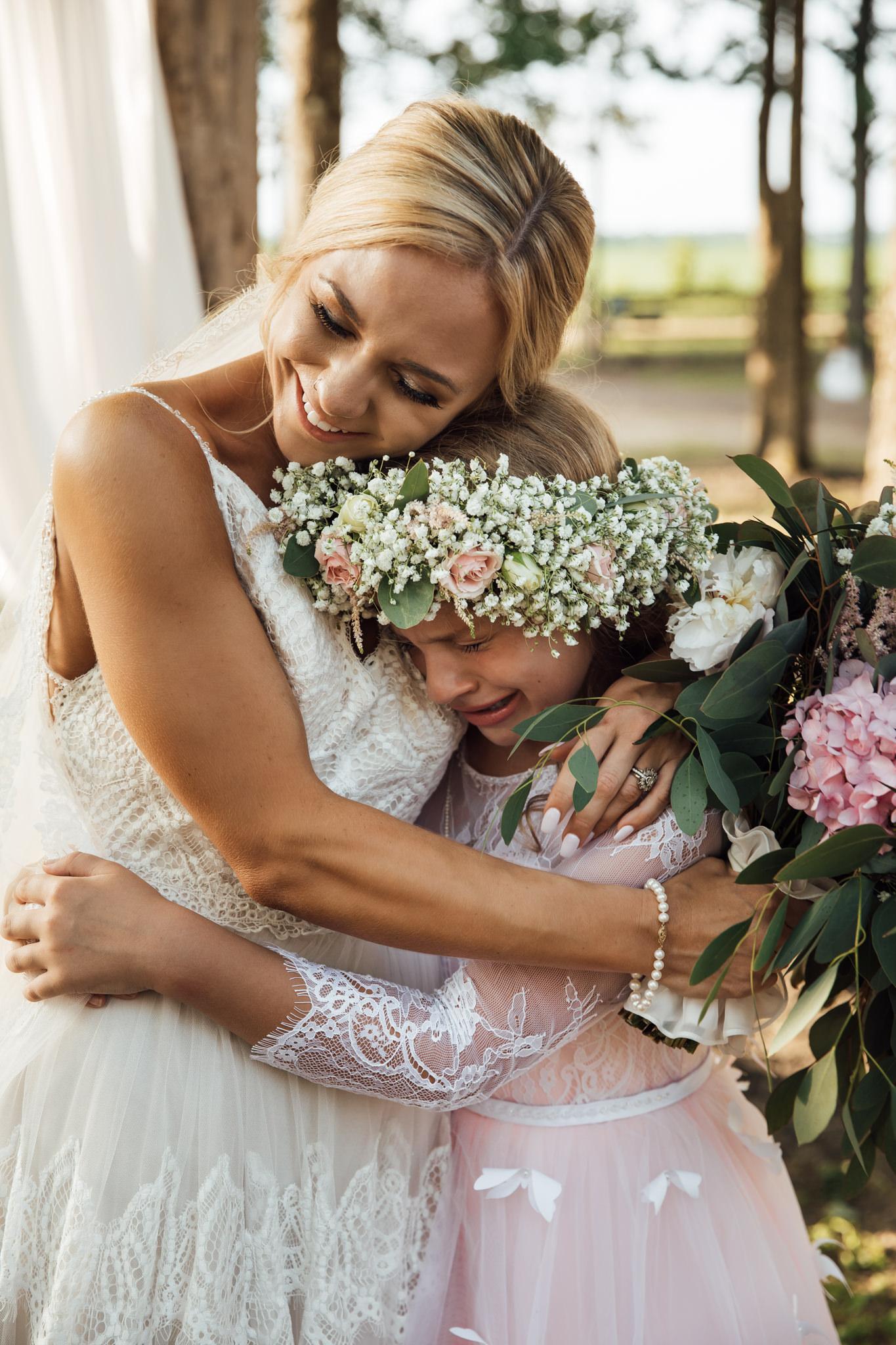 backyard-wedding-thewarmtharoundyou-lexy-branson-5.jpg