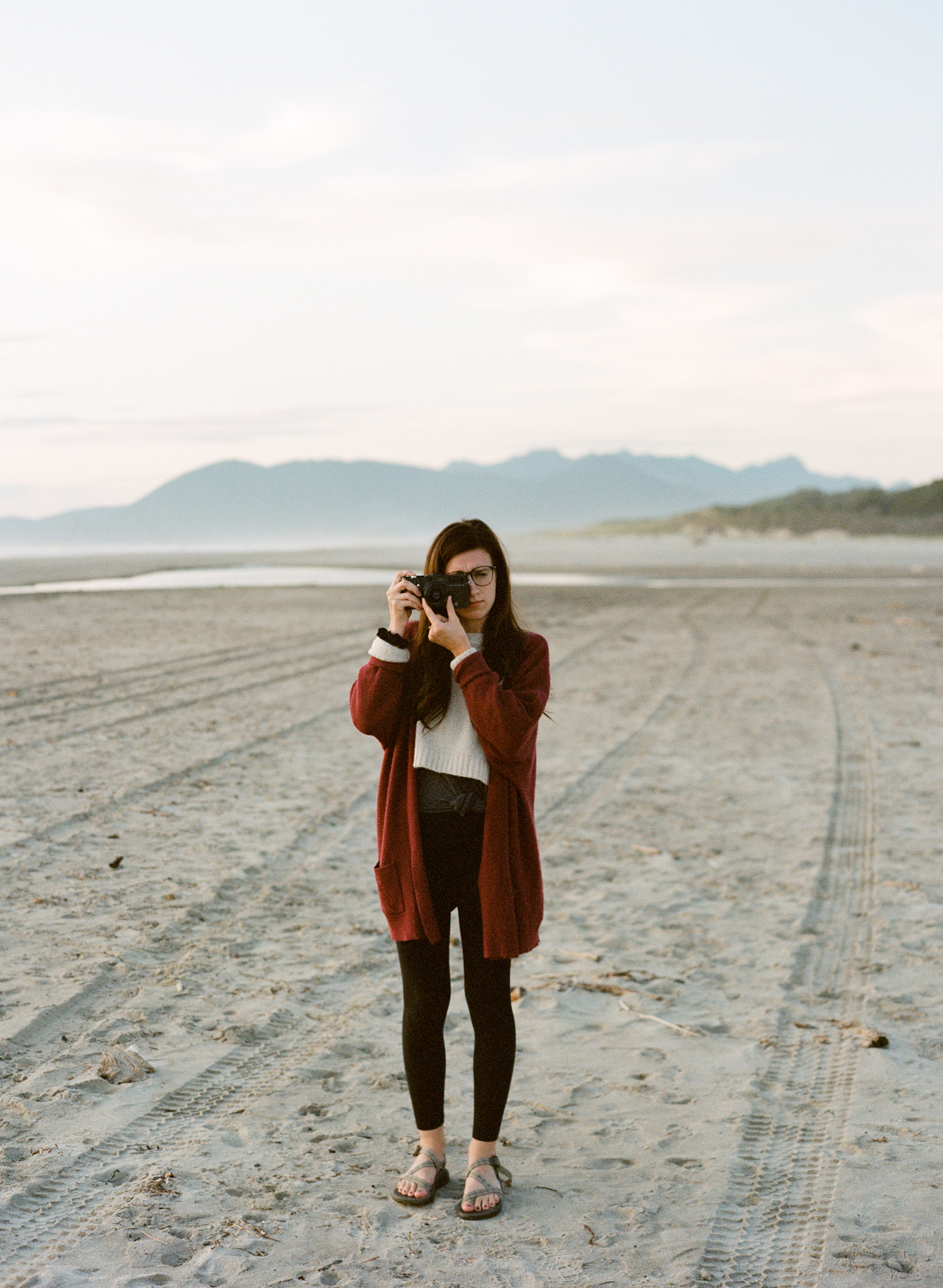 oregon-coast-thewarmtharoundyou-portland-wedding-photographers-44.jpg