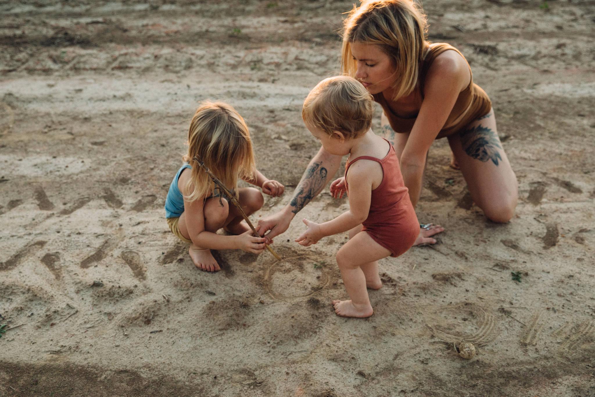 thewarmtharoundyou-memphis-family-photographer-documentary-family-photographer-99.jpg