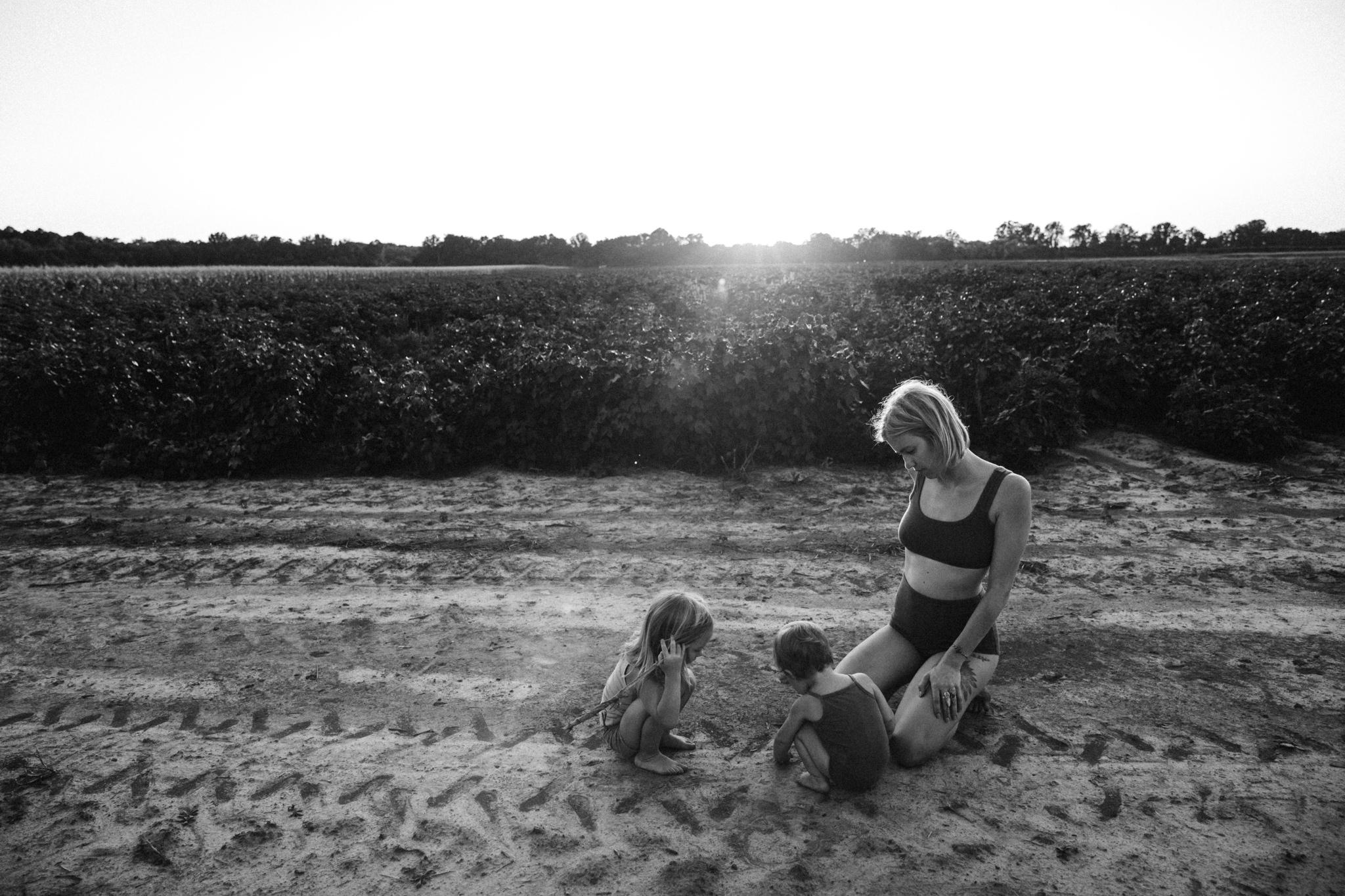 thewarmtharoundyou-memphis-family-photographer-documentary-family-photographer-105.jpg