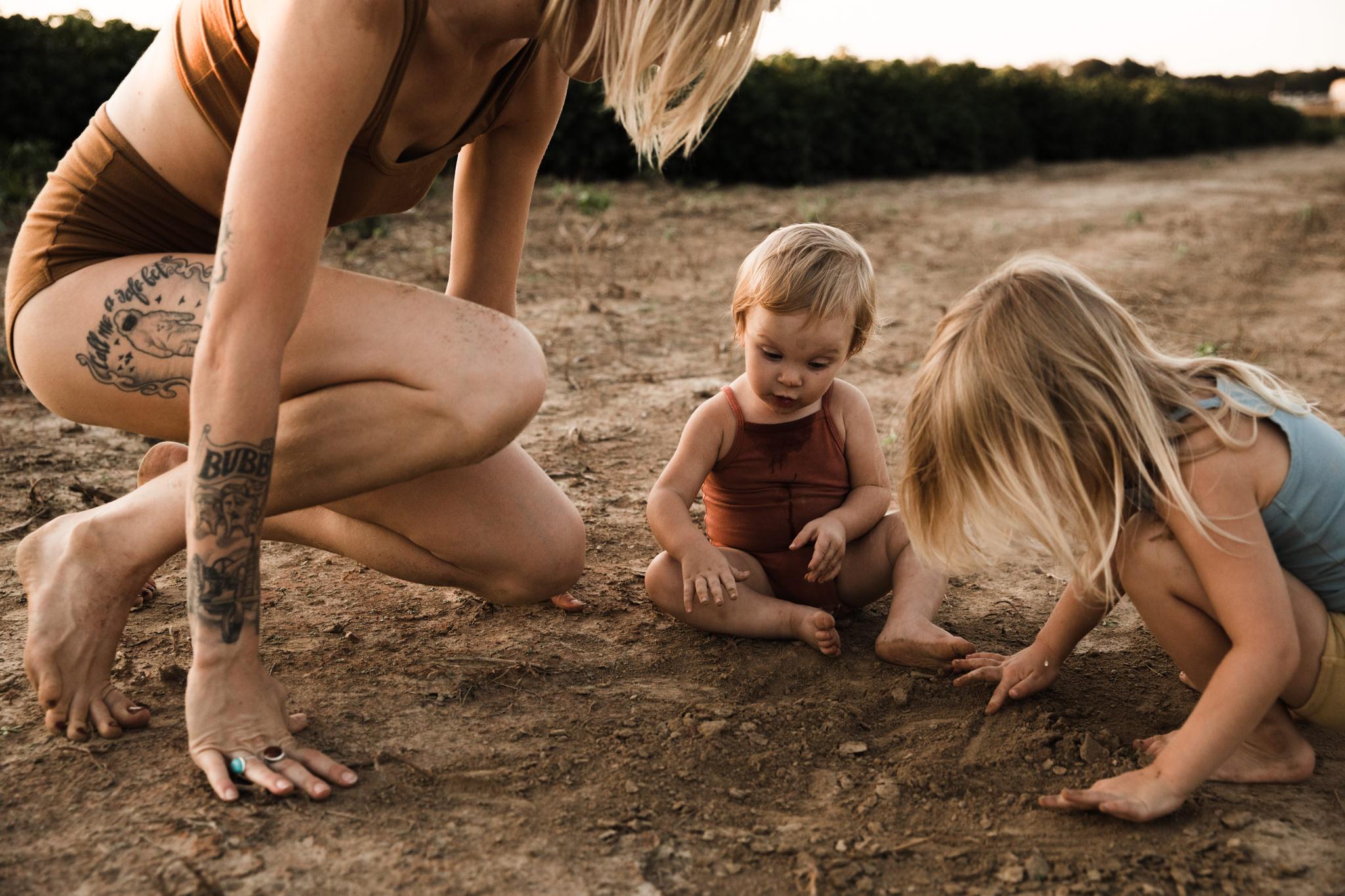 thewarmtharoundyou-memphis-family-photographer-documentary-family-photographer-113.jpg