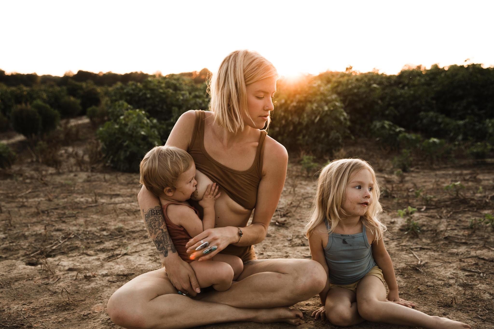 thewarmtharoundyou-memphis-family-photographer-documentary-family-photographer-119.jpg