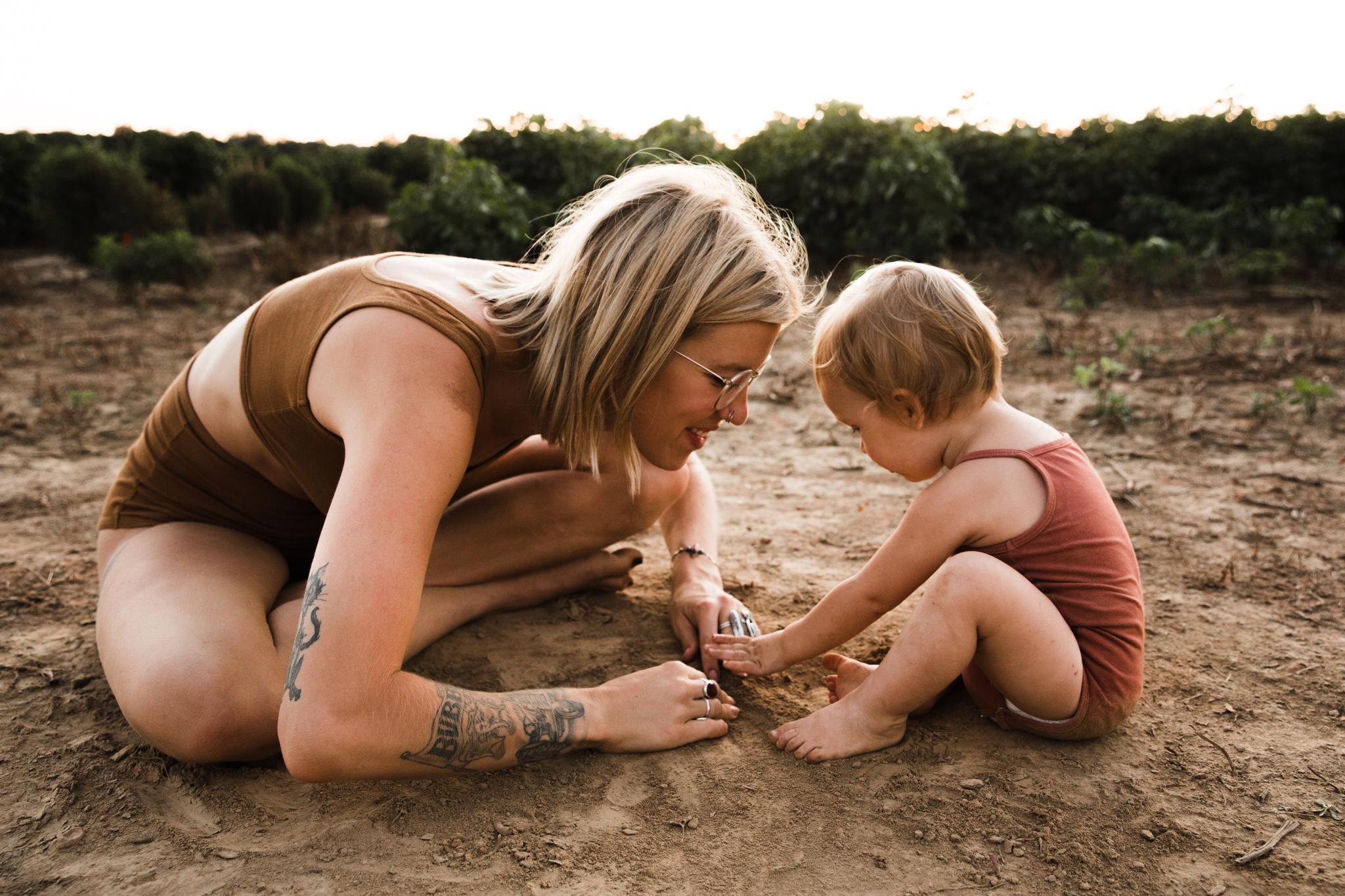 thewarmtharoundyou-memphis-family-photographer-documentary-family-photographer-146.jpg