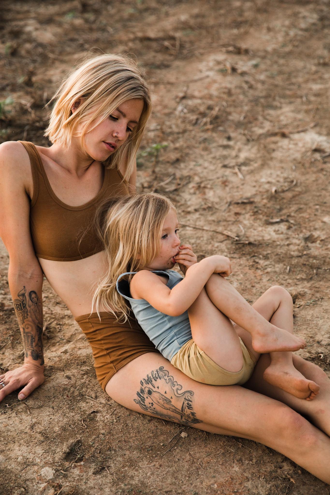 thewarmtharoundyou-memphis-family-photographer-documentary-family-photographer-133.jpg