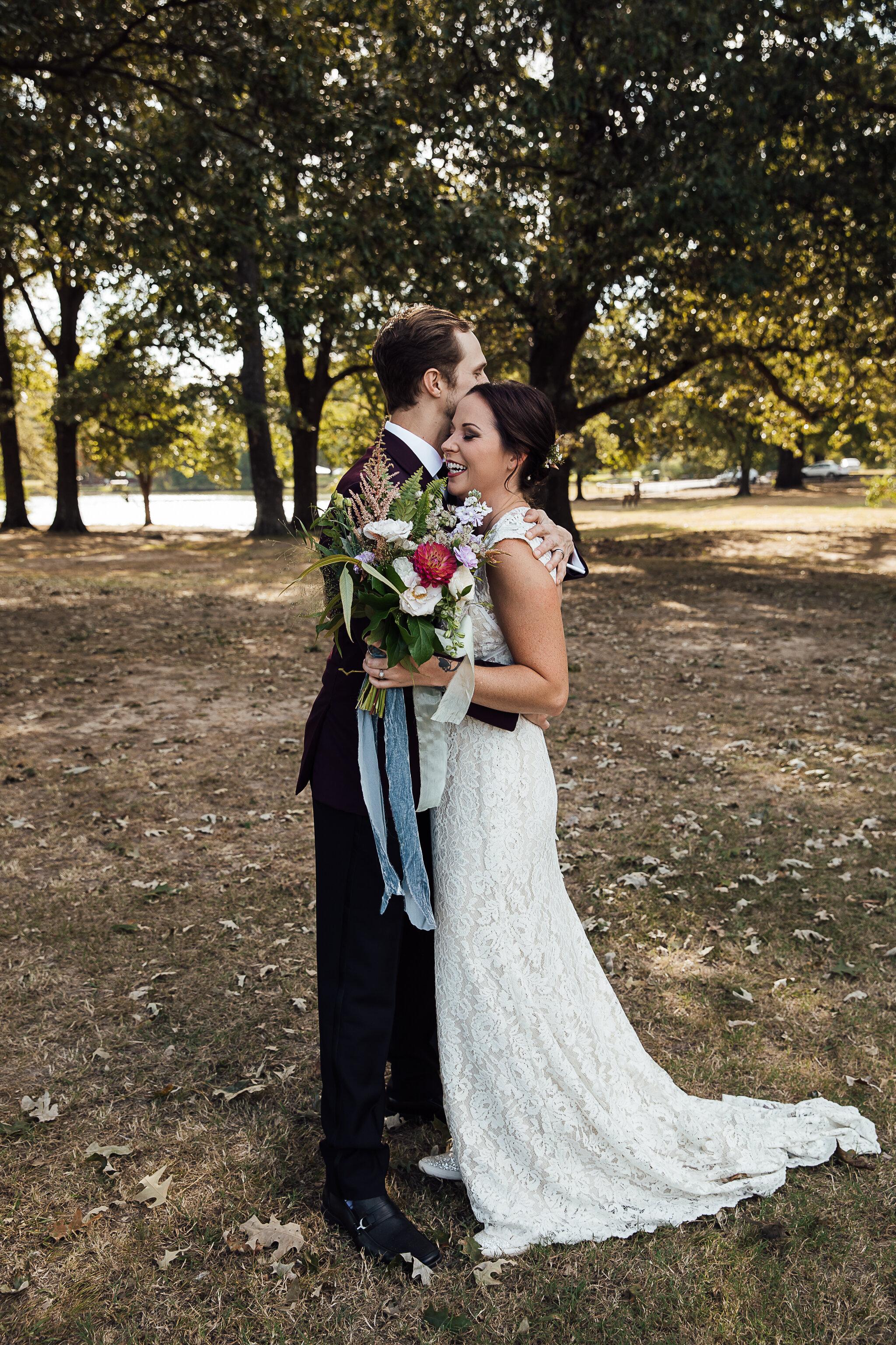 Allison-and-Wesley-Memphis-Backyard-Wedding-TheWarmthAroundYou-17.jpg