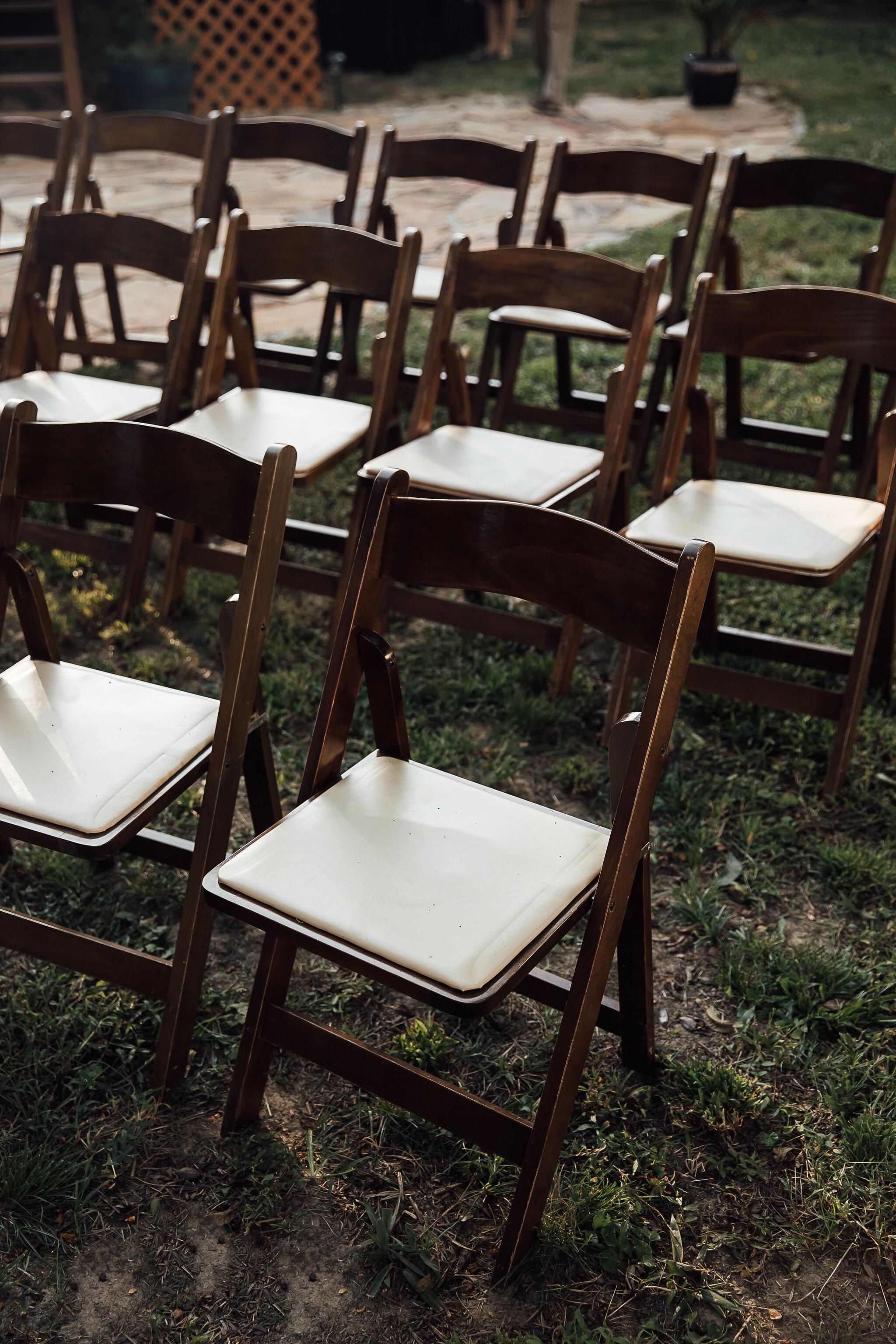 Allison-and-Wesley-Memphis-Backyard-Wedding-TheWarmthAroundYou-143.jpg