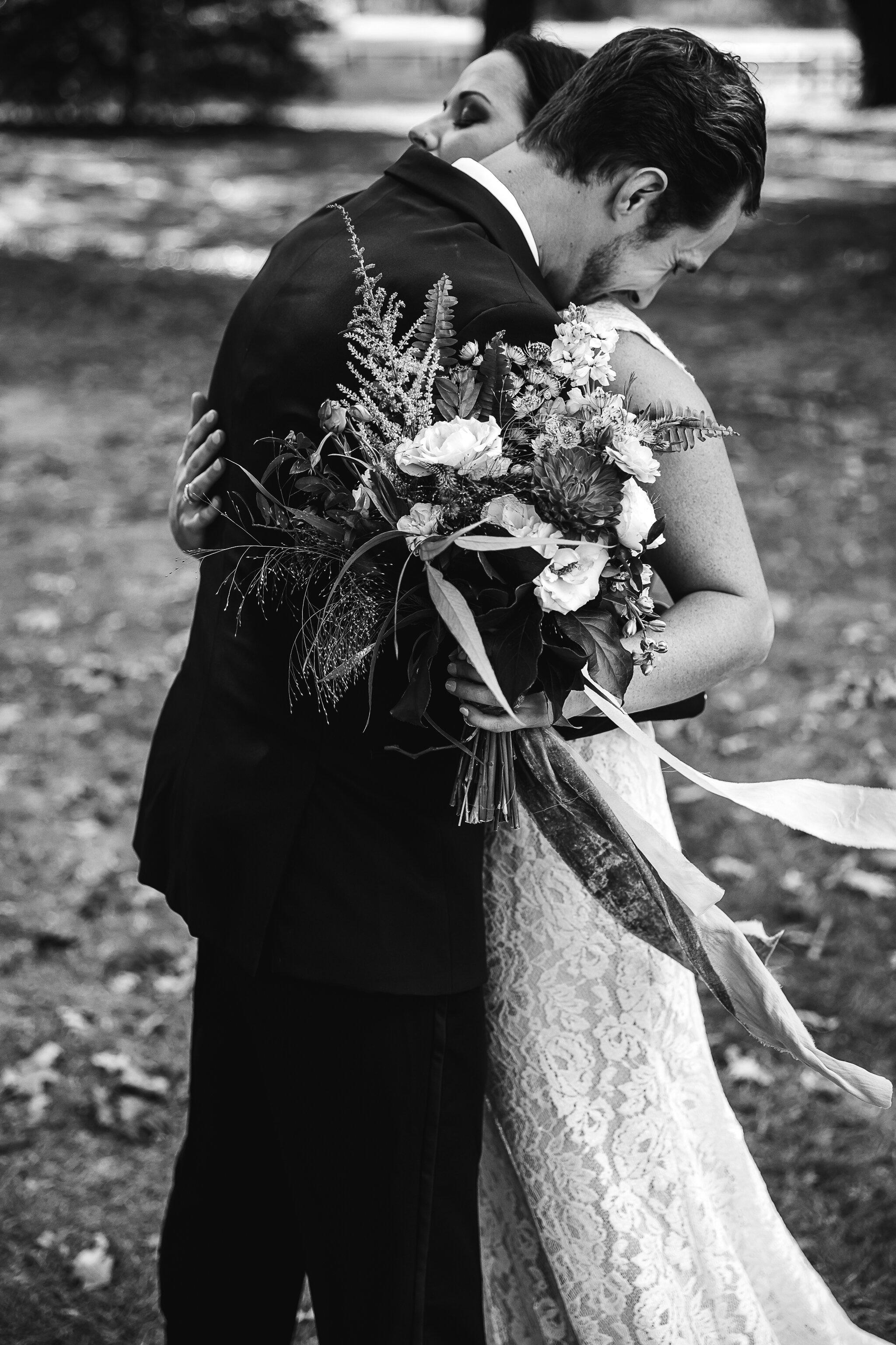 Allison-and-Wesley-Memphis-Backyard-Wedding-TheWarmthAroundYou-127.jpg