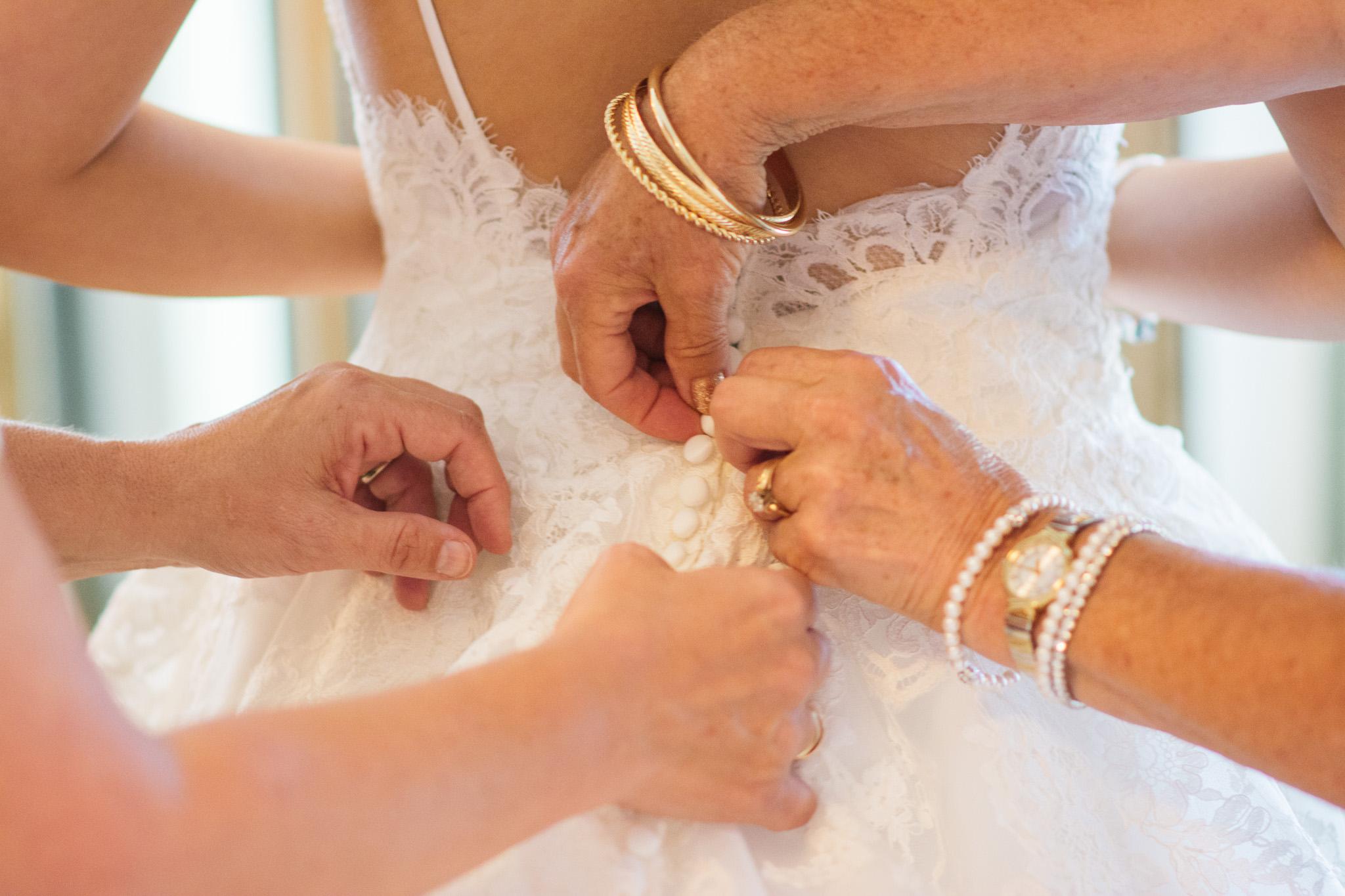 Sam+Ricardo_Wisconsin_Wedding_photographer-6.jpg