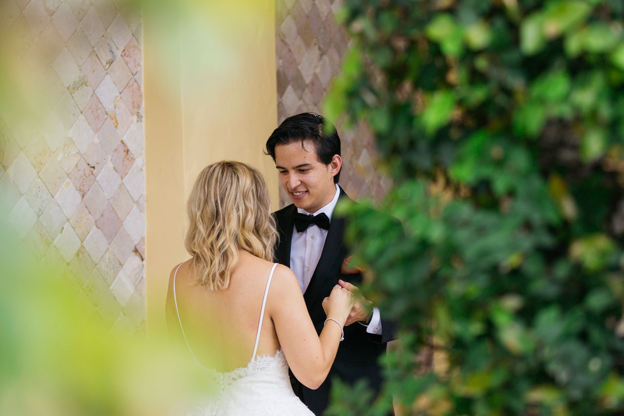 Sam+Ricardo_Wisconsin_Wedding_photographer-11.jpg