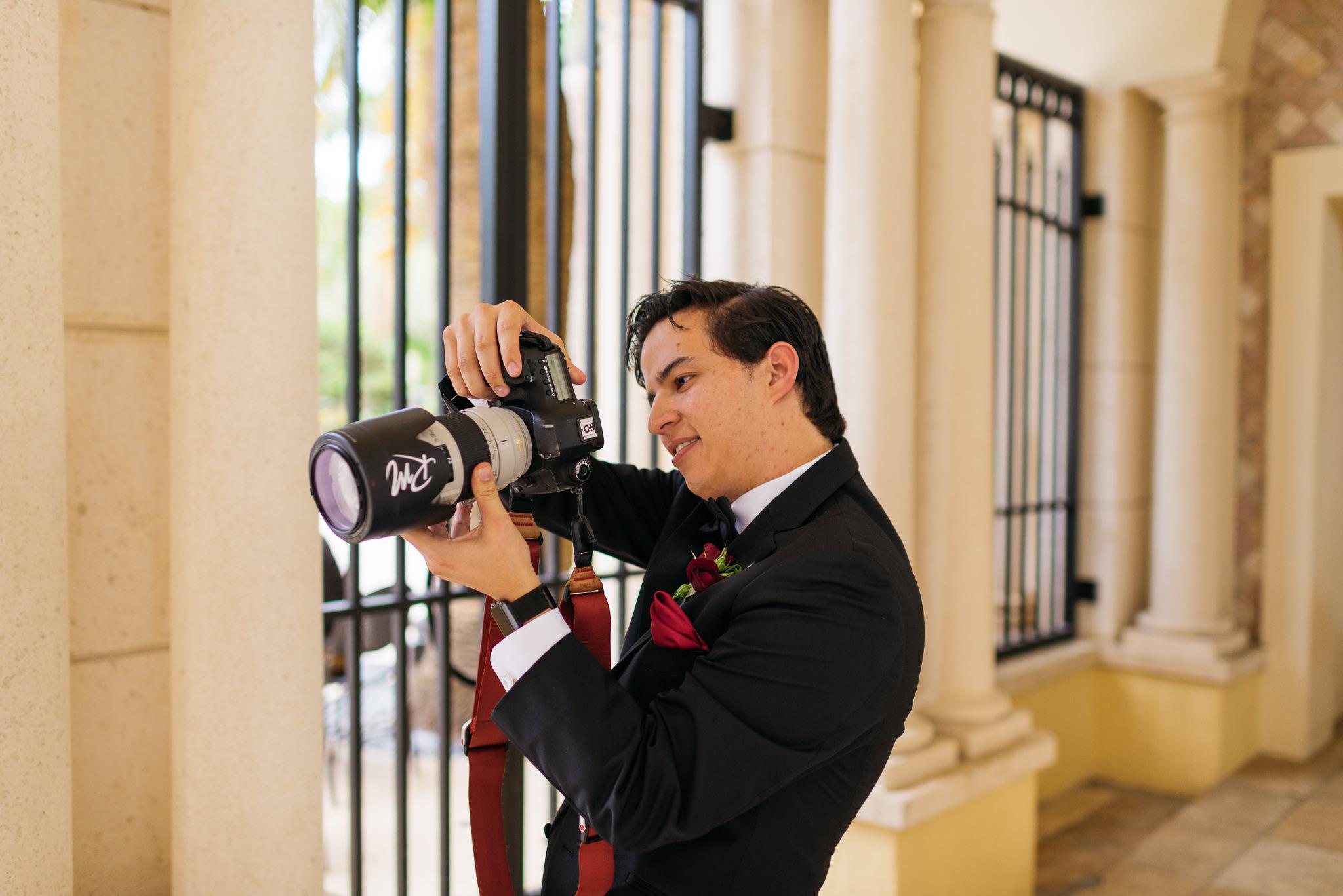 Sam+Ricardo_Wisconsin_Wedding_photographer-15.jpg
