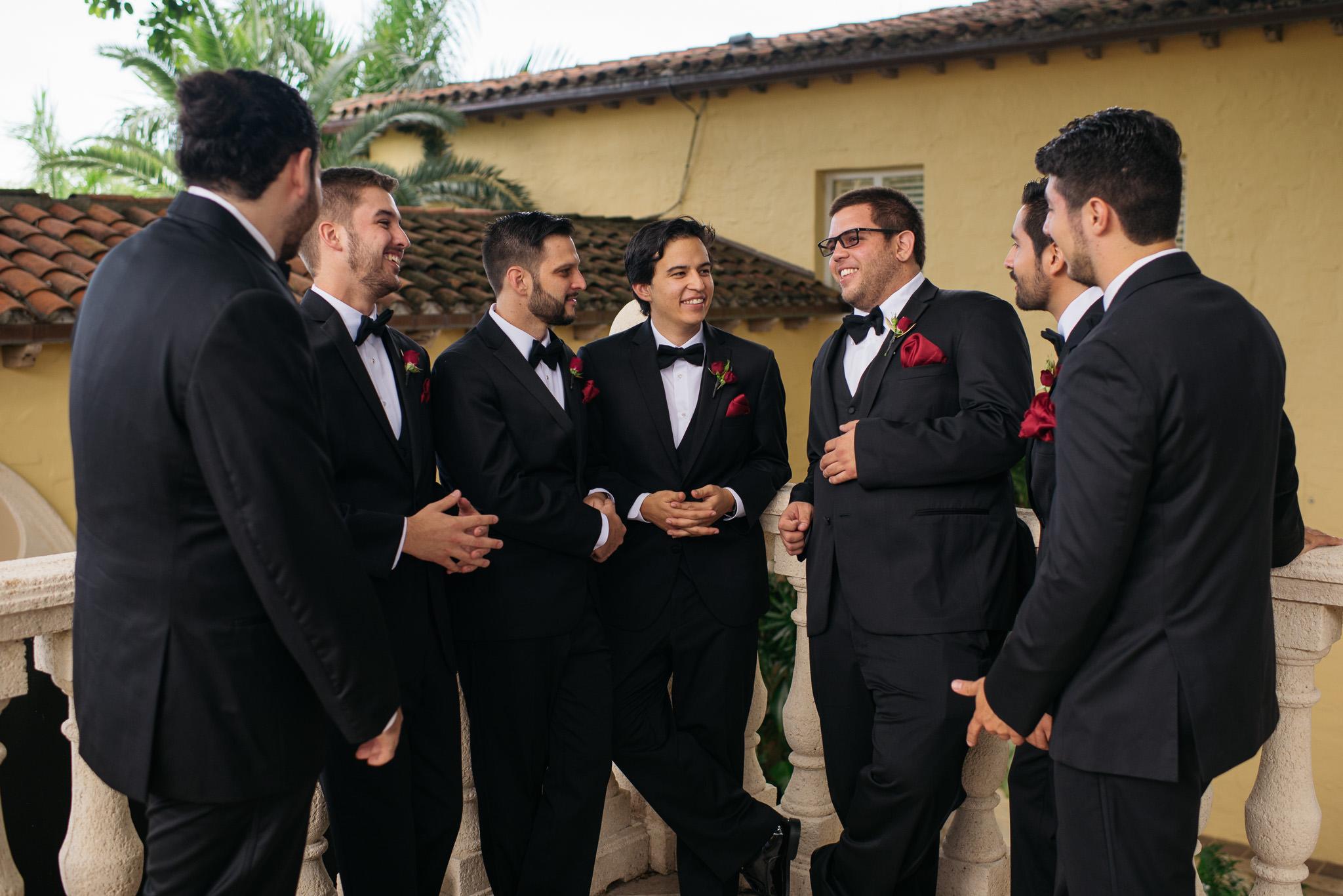 Sam+Ricardo_Wisconsin_Wedding_photographer-21.jpg