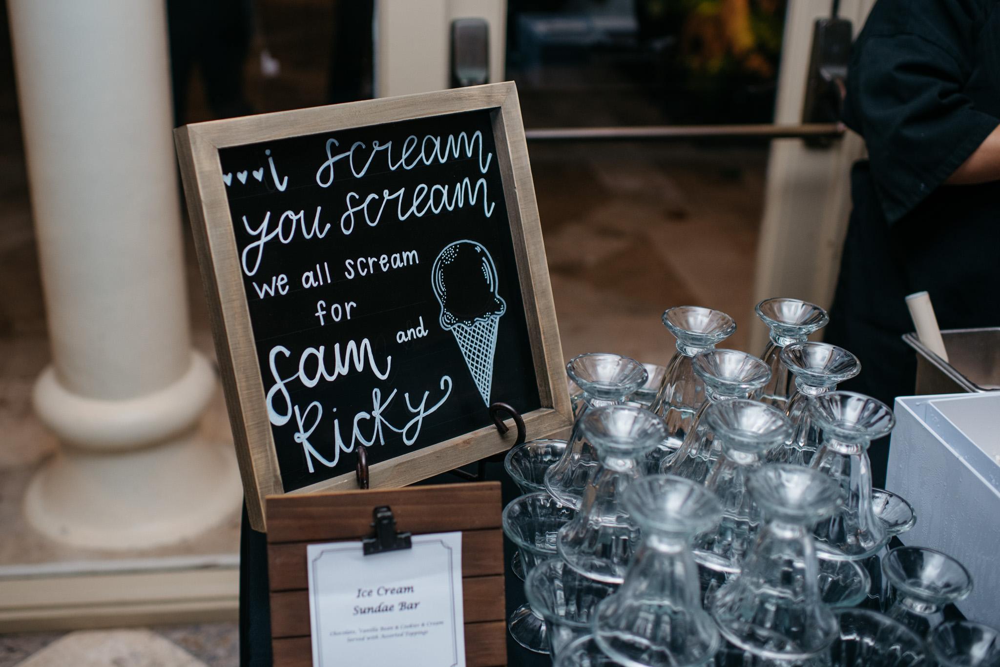 Sam+Ricardo_Wisconsin_Wedding_photographer-41.jpg