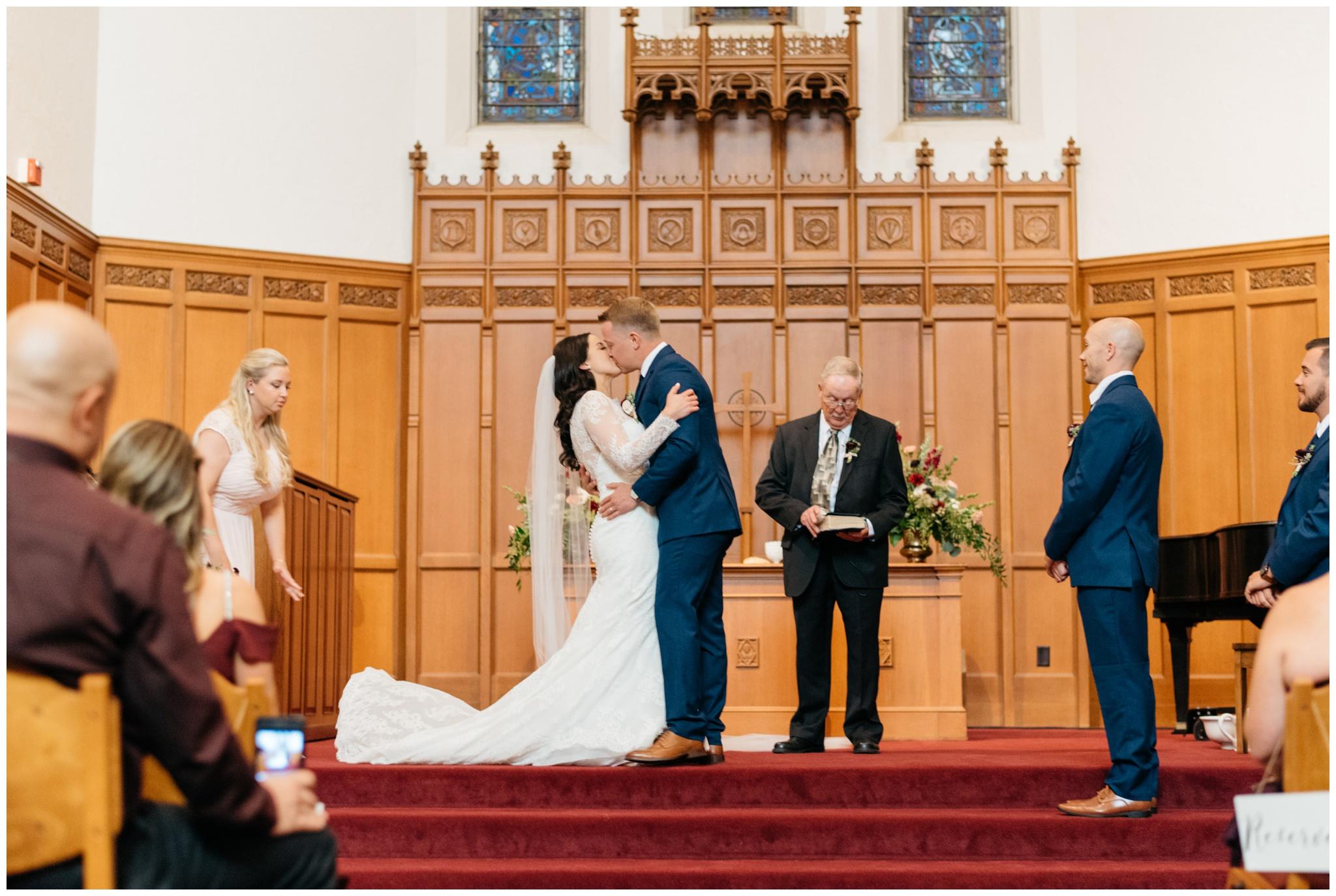 university-club-wedding-madison-wisconsin_0008.jpg
