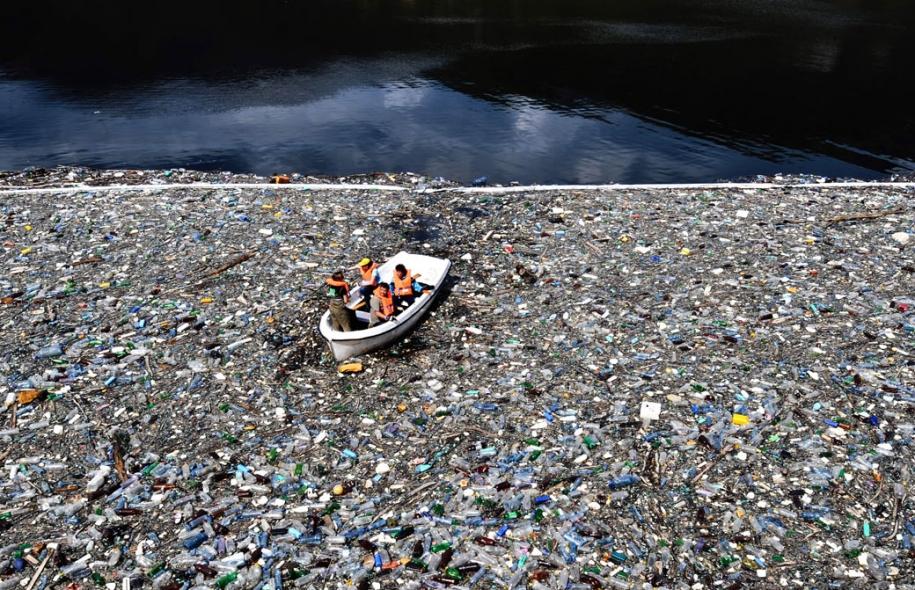 garbage ocean