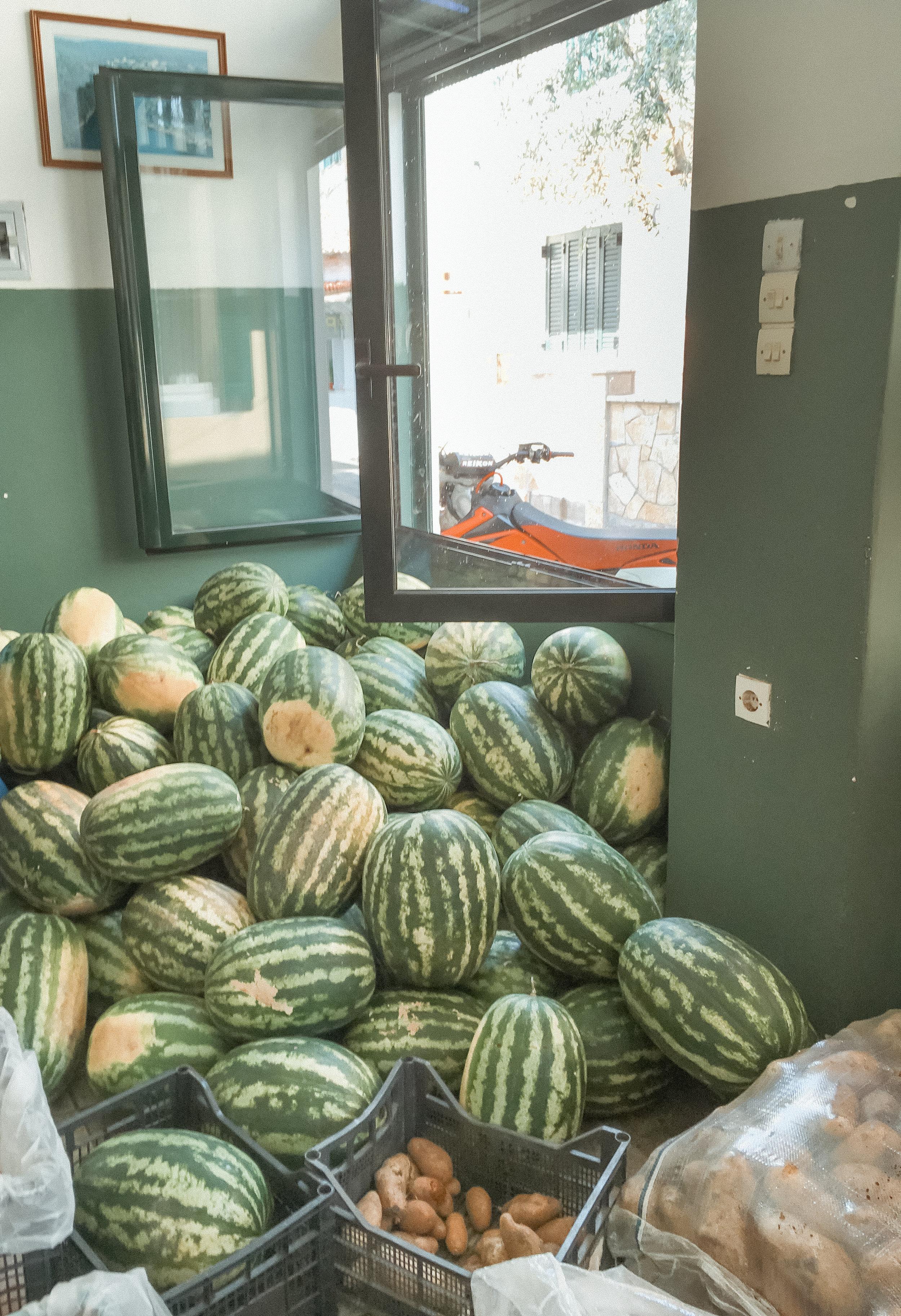 watermelon greece - amelietahiti.com