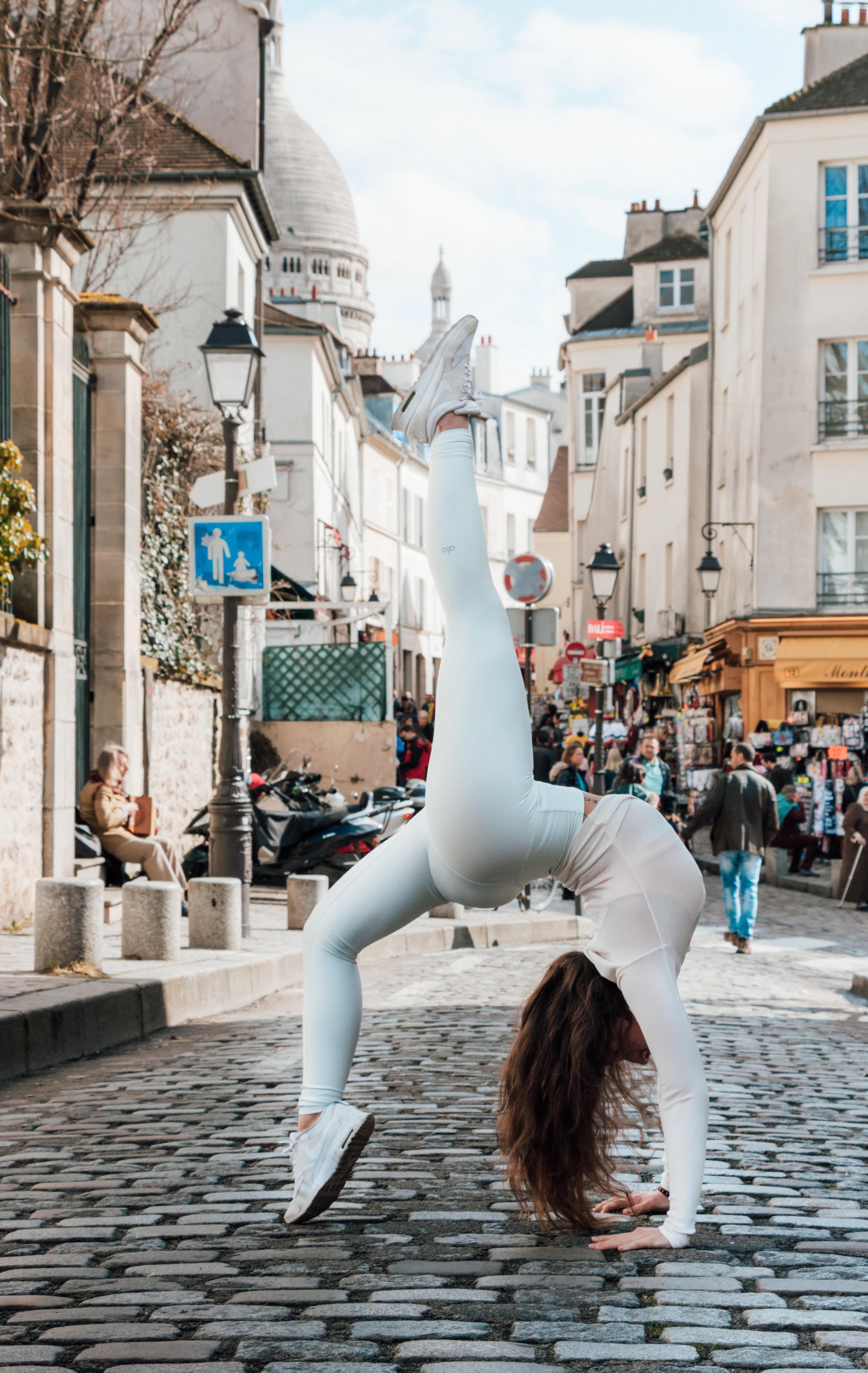 my exercice routine - yoga inspiration - amelietahiti.com