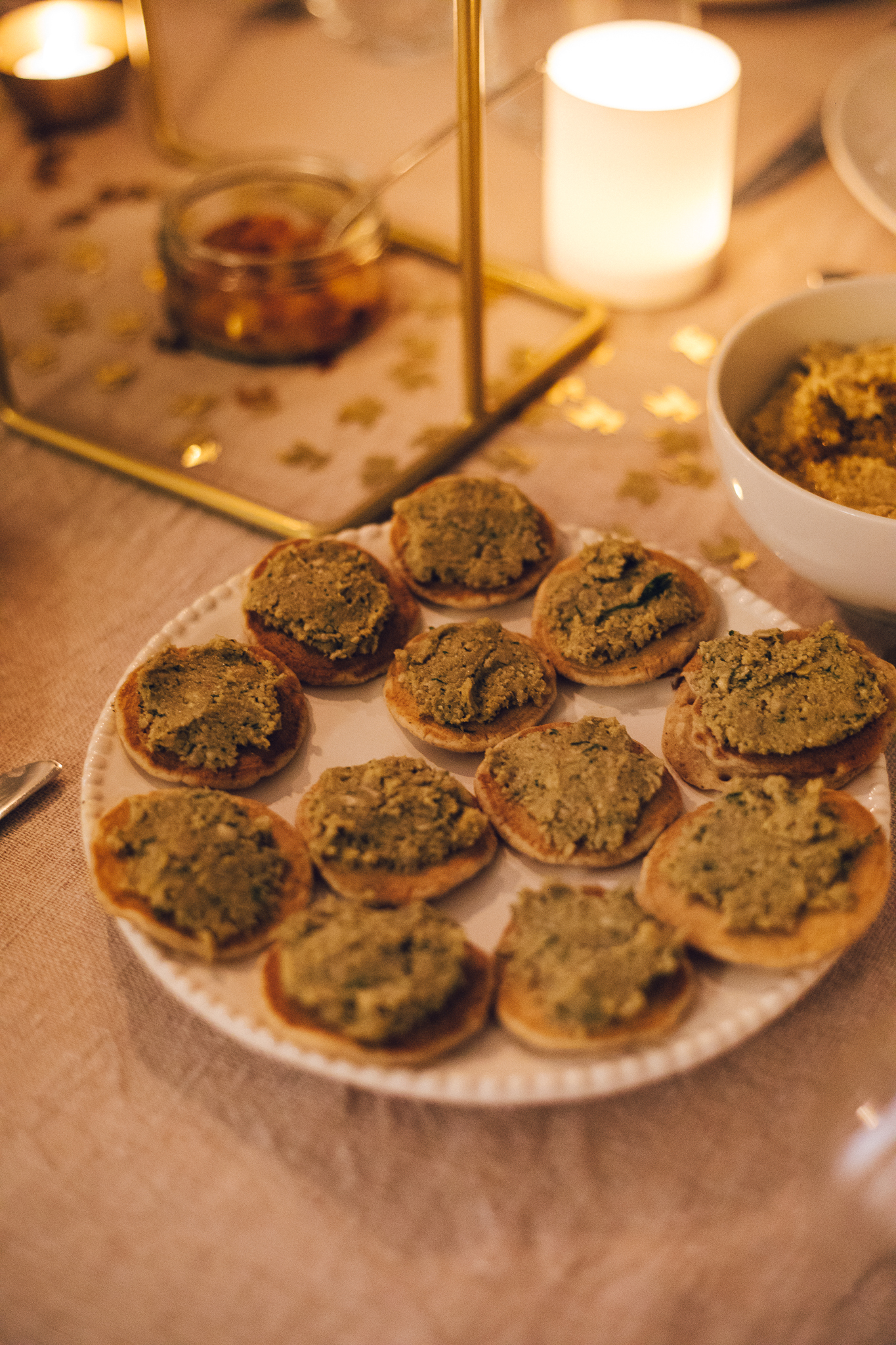 Vegan Blinis - Vegan Christmas Dinner Food - www.amelietahiti.com