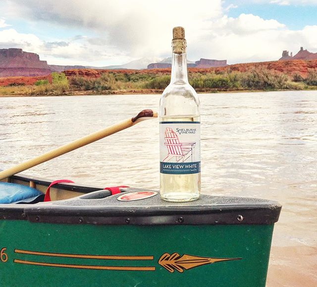 Lakeview white has long been our 'porch pounder.' But 'canoe crusher' is starting to sound pretty nice too... here's to some high-elevation sippin' 🏜 . . . . . . . . . . #colorado #vermontmade #denver #wineworld #canoetripping #shelburnevineyard #lakeview #whitewinelover