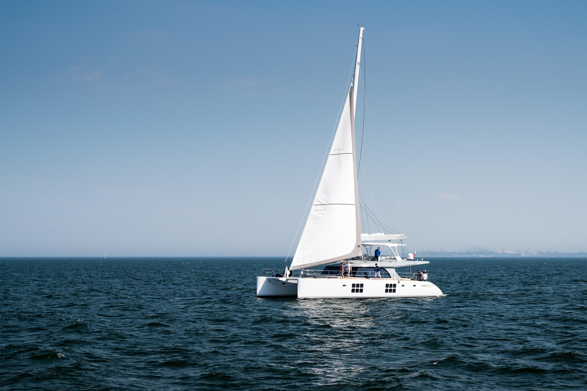 Catamarã Sardenha