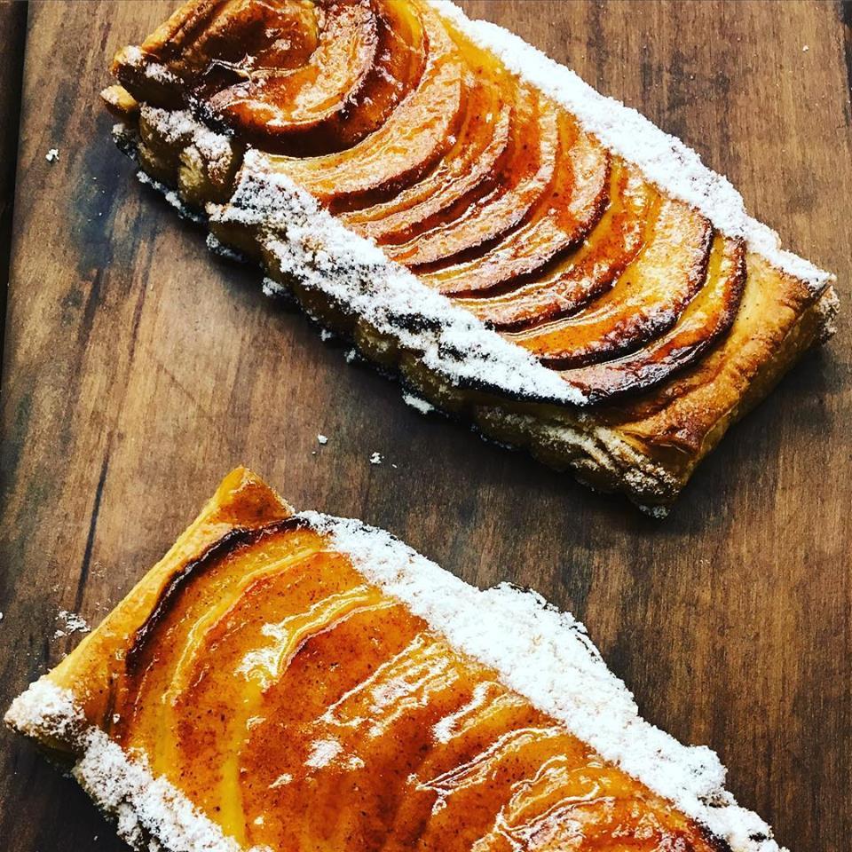 Apple Puff Pastry .jpg