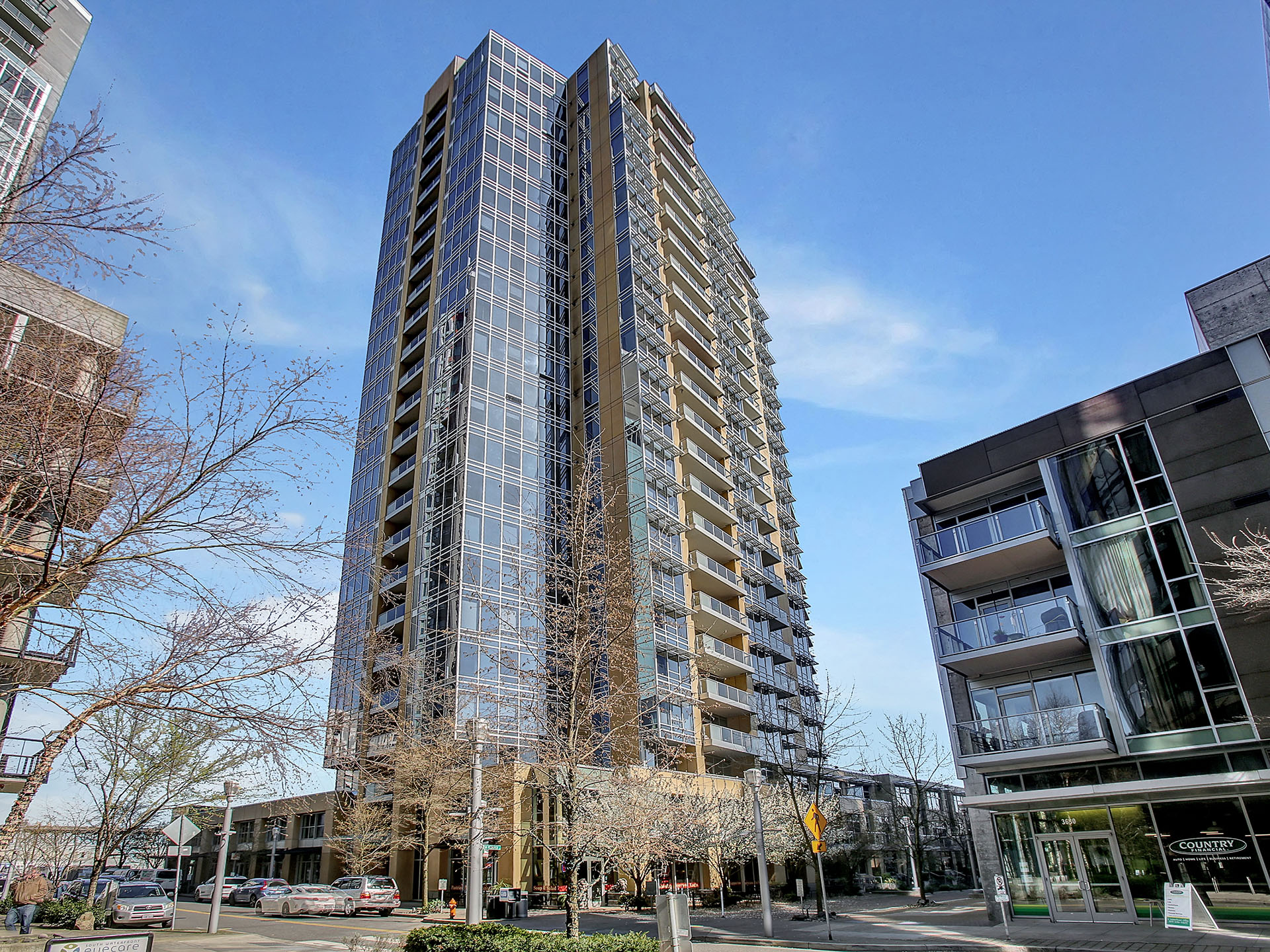 3570 SW River Pkwy - Portland - The Meriwether - 005.jpg
